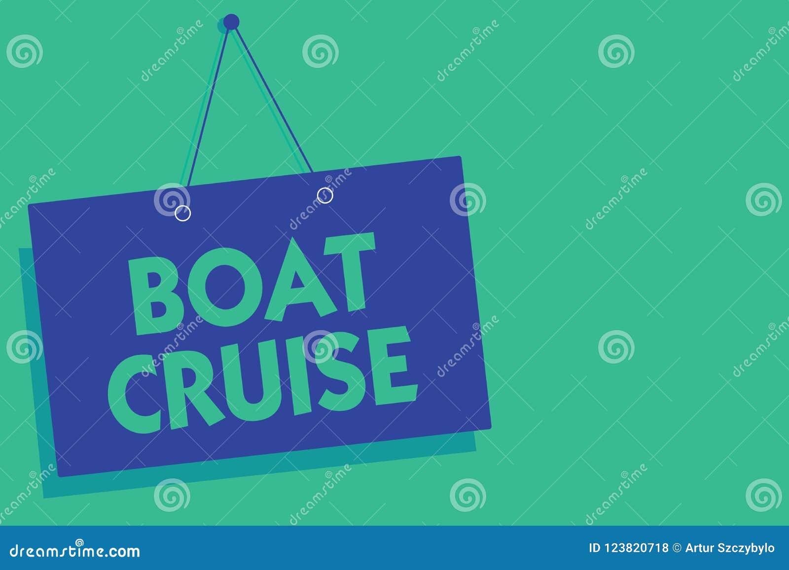 Примечание сочинительства показывая круиз шлюпки Ветрило фото дела showcasing около в зоне без точного назначения с большим кораб
