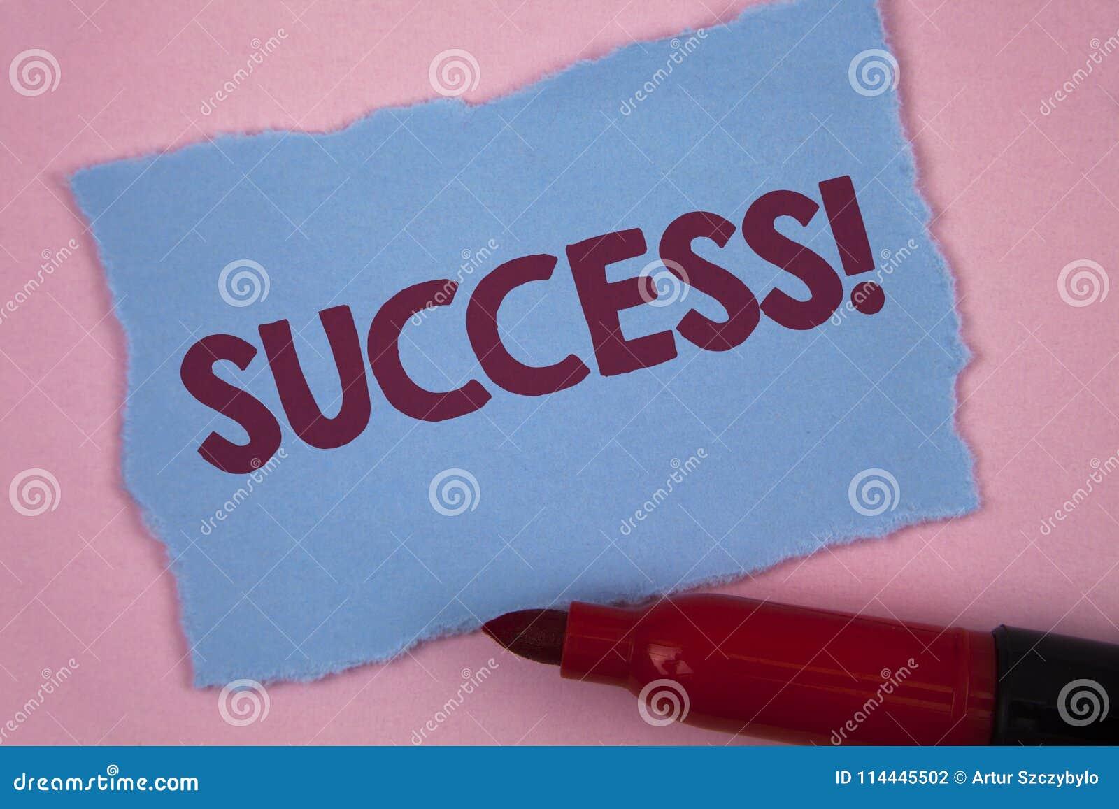 Примечание сочинительства показывая успеху мотивационный звонок Выполнение достижения фото дела showcasing некоторой цели написан