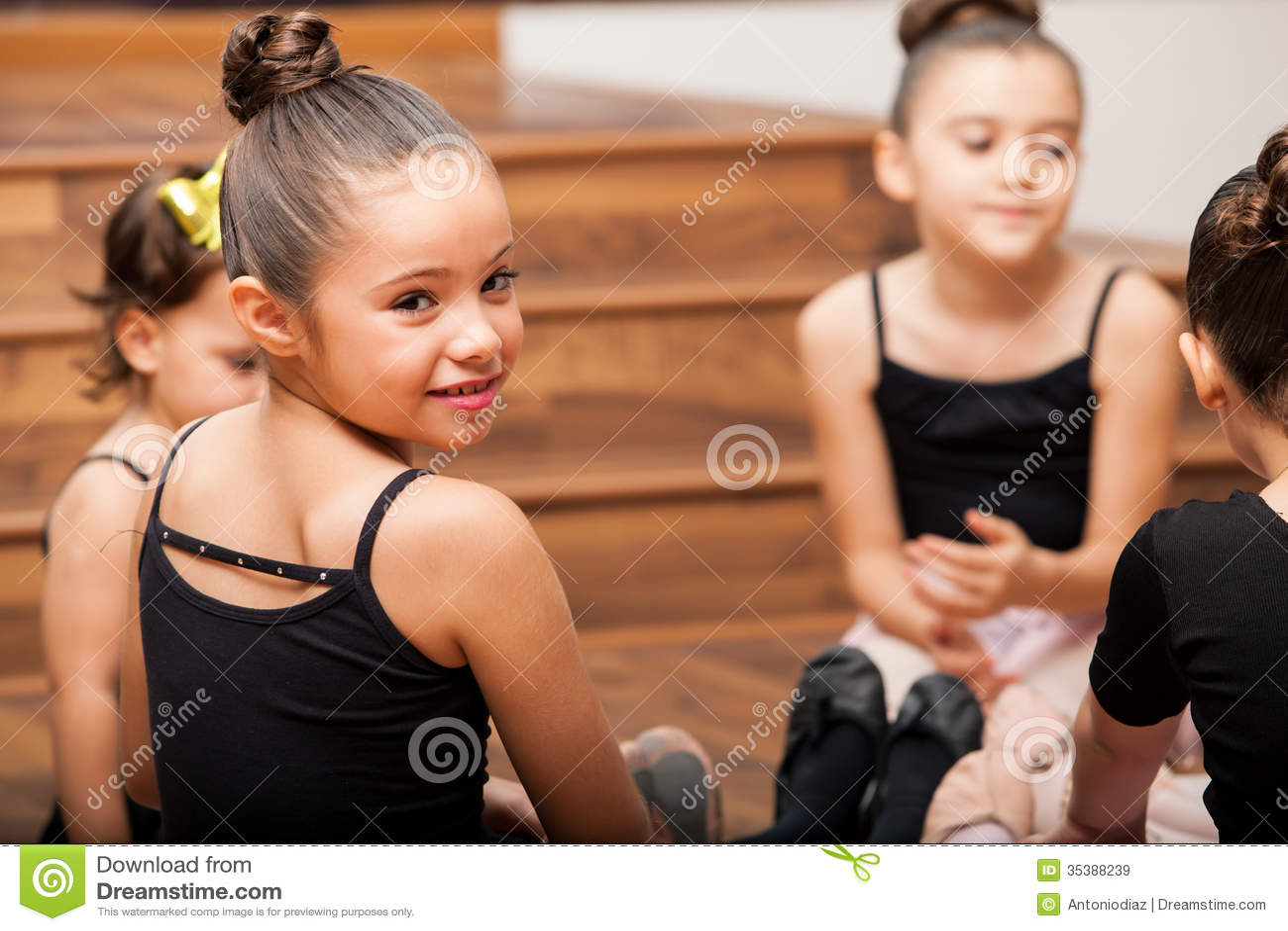 Принимать пролом от танц-класса