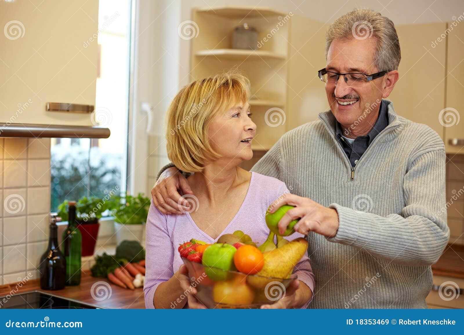 принимать человека плодоовощ шара яблока