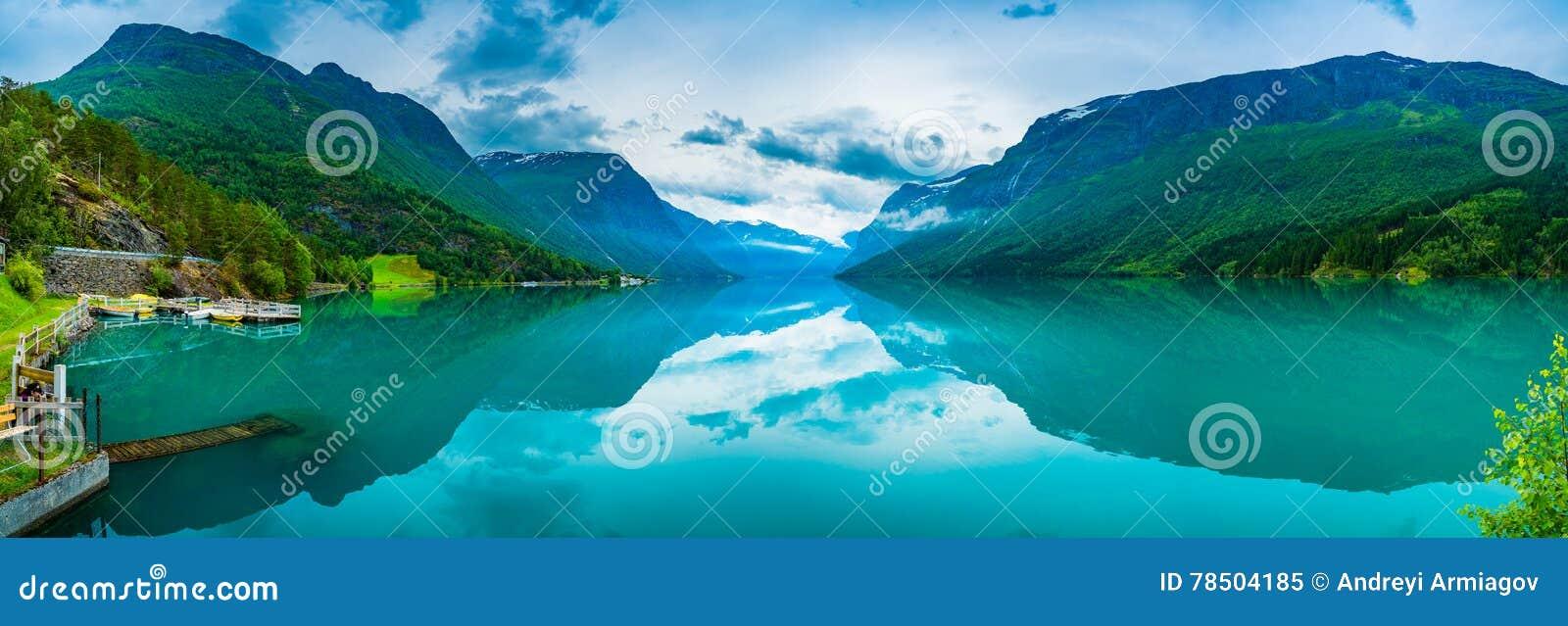 Природа Норвегия озера Lovatnet красивая
