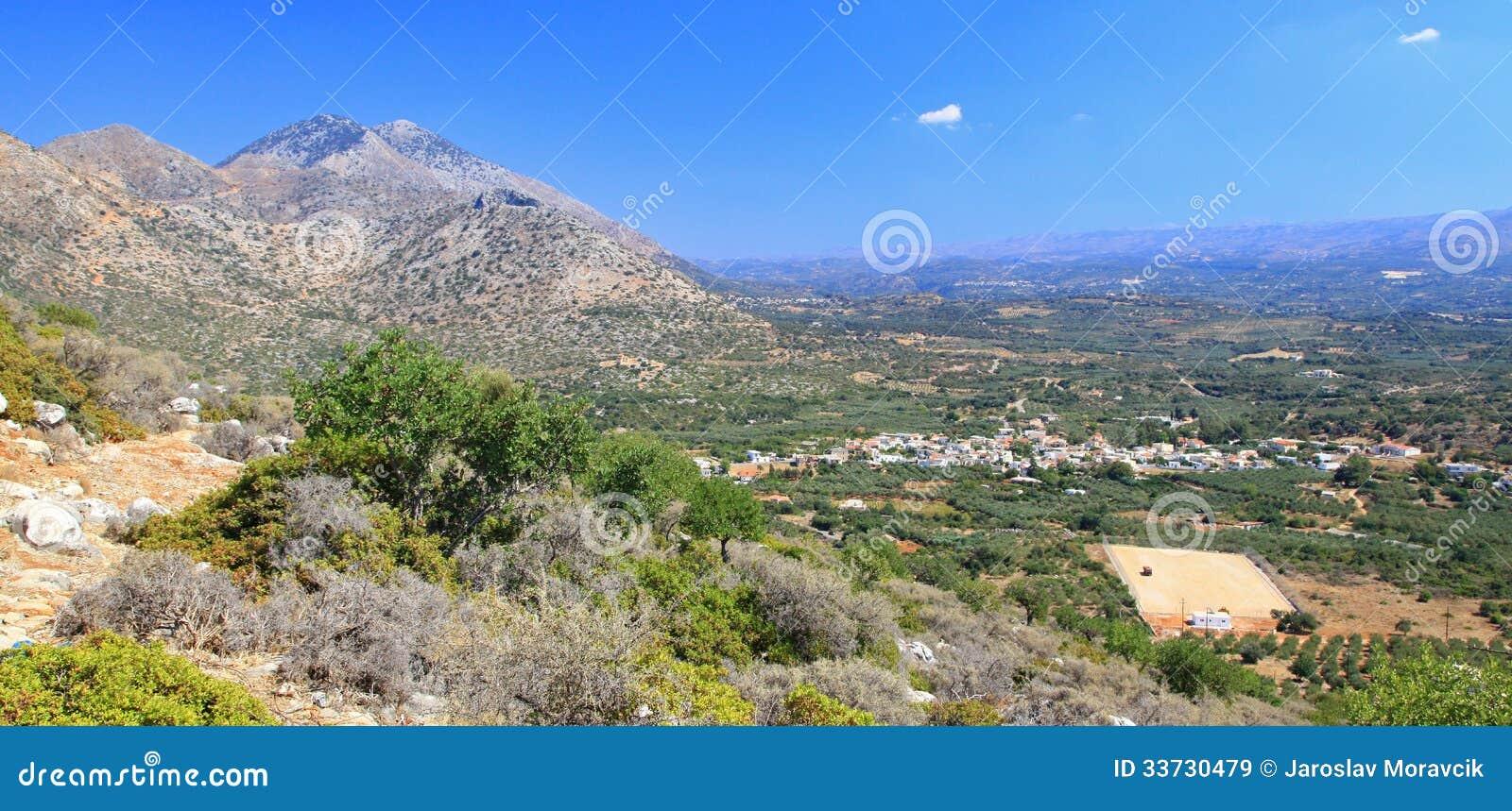 Природа около деревни Melidoni на Крите, Греции