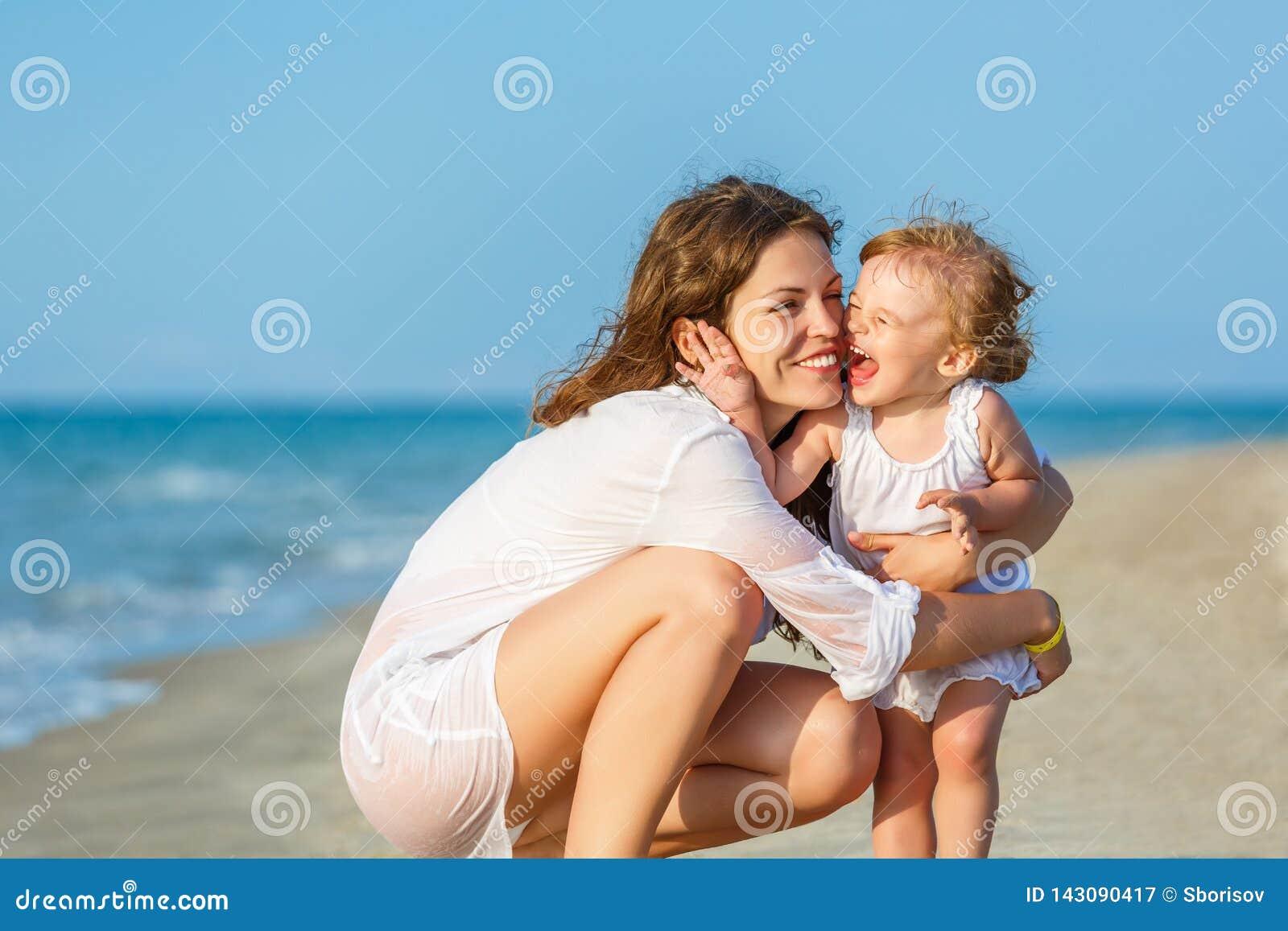 пристаньте мать к берегу дочи