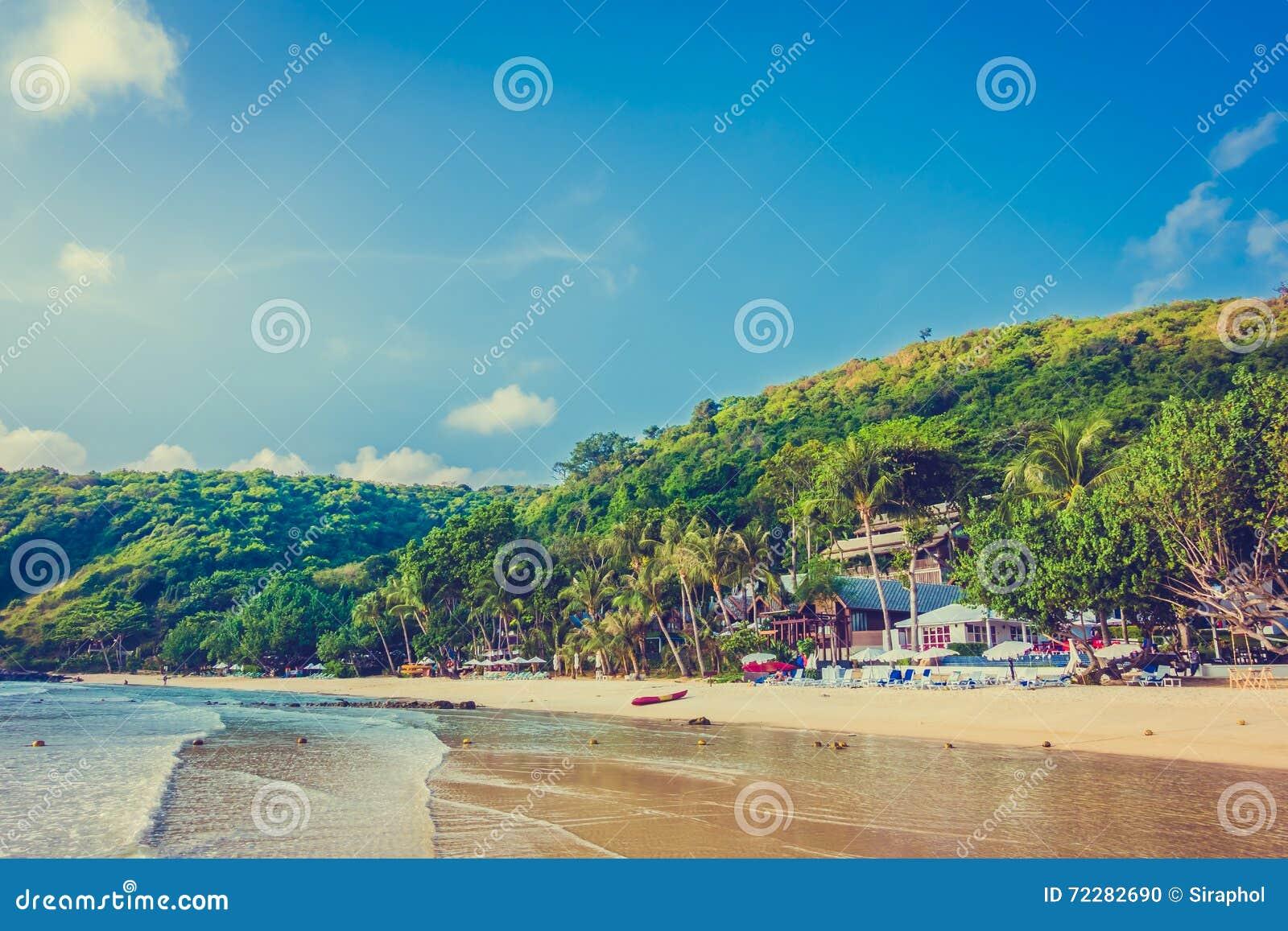 Download пристаньте море к берегу стоковое фото. изображение насчитывающей волна - 72282690