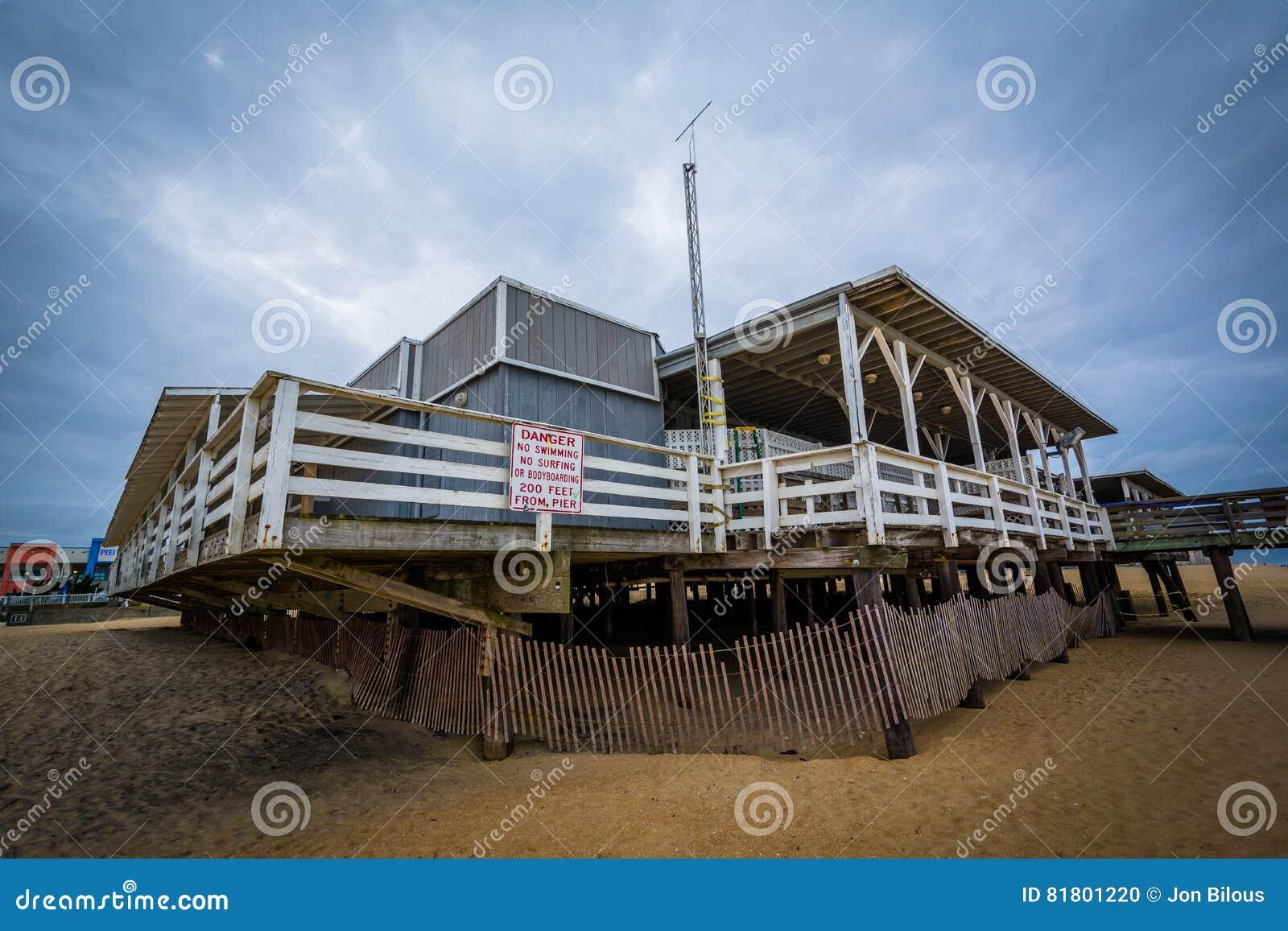 Пристань рыбной ловли в Virginia Beach, Вирджинии