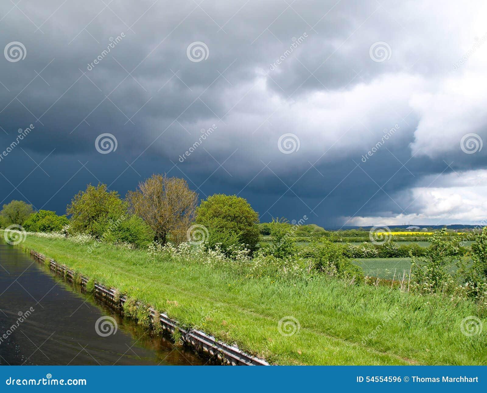 причаливая шторм