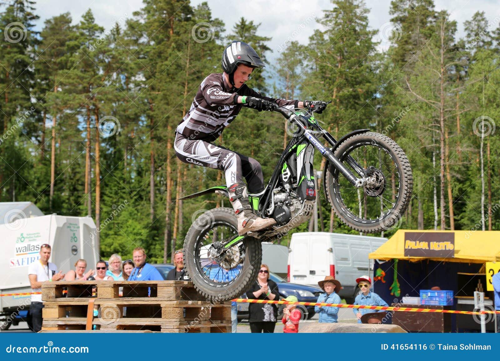 Пробы мотоцикла Timo Myohanen