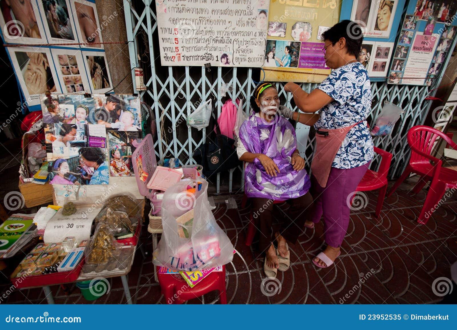 продевать нитку удаления волос bangkok chinatown