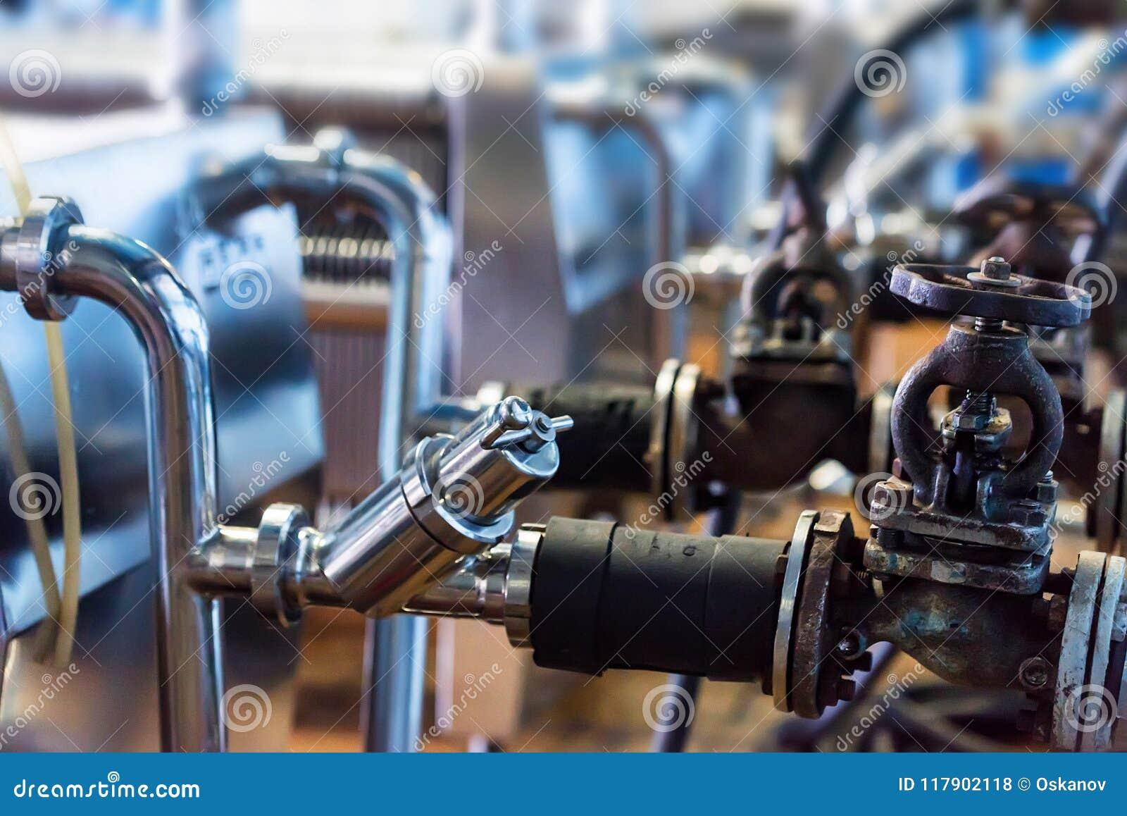Промышленный механизм фильтра патрона на винодельне