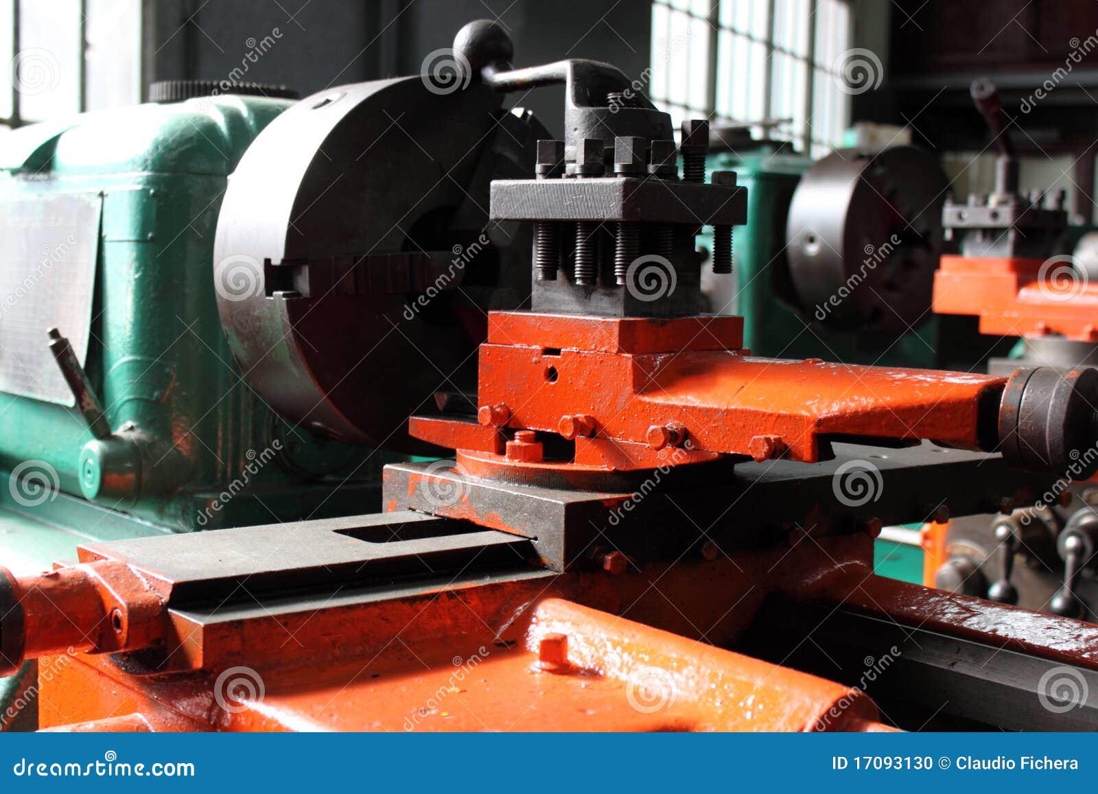 промышленный lathe