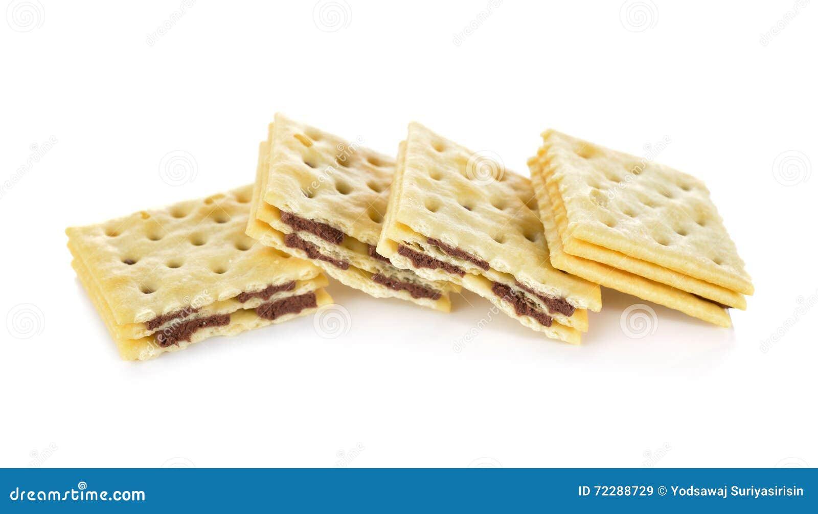 Download Прослоите сливк шутихи приправленную шоколадом на белой предпосылке Стоковое Изображение - изображение насчитывающей еда, флейвор: 72288729