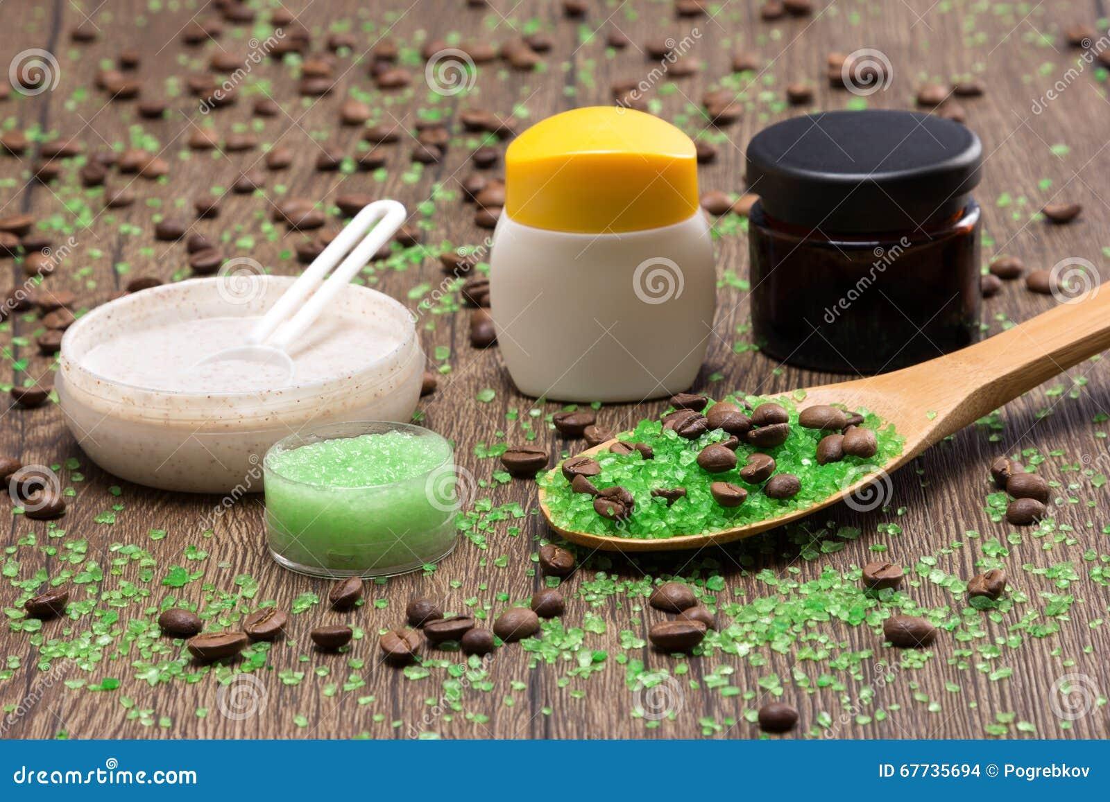 Продукты курорта и целлюлита busting на деревянной поверхности