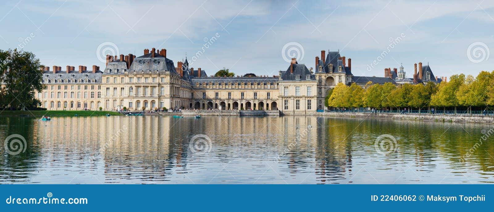 пруд дворца fontainebleau