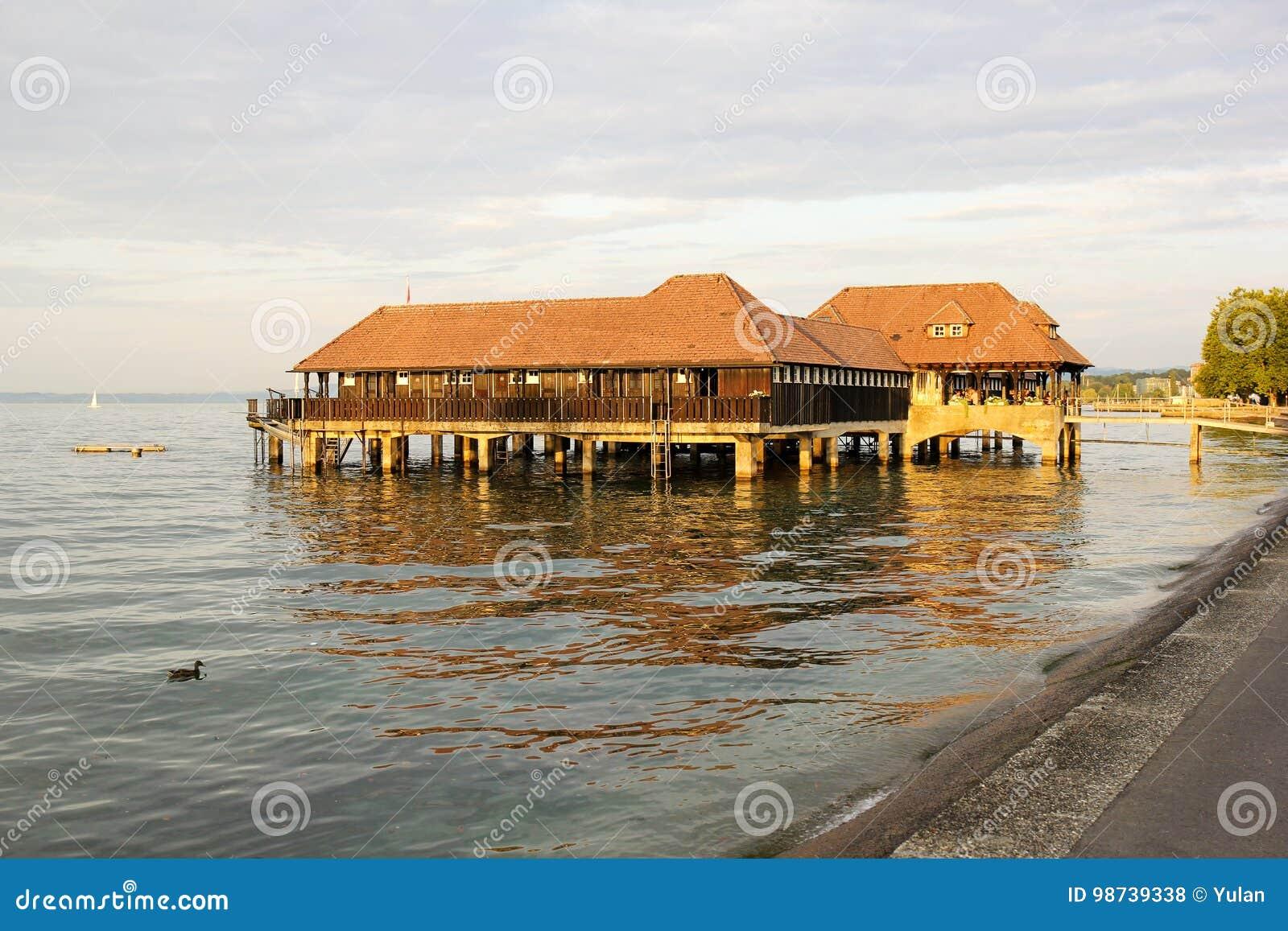 Публика купая деревянную хату, Rorschach, Швейцарию