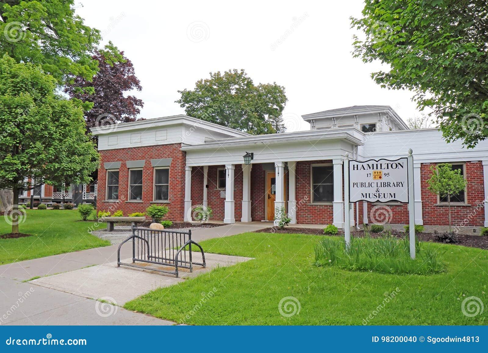 Download Публичная библиотека и музей в историческом городском Гамильтоне, новом Yor Редакционное Изображение - изображение насчитывающей hamilton, улица: 98200040