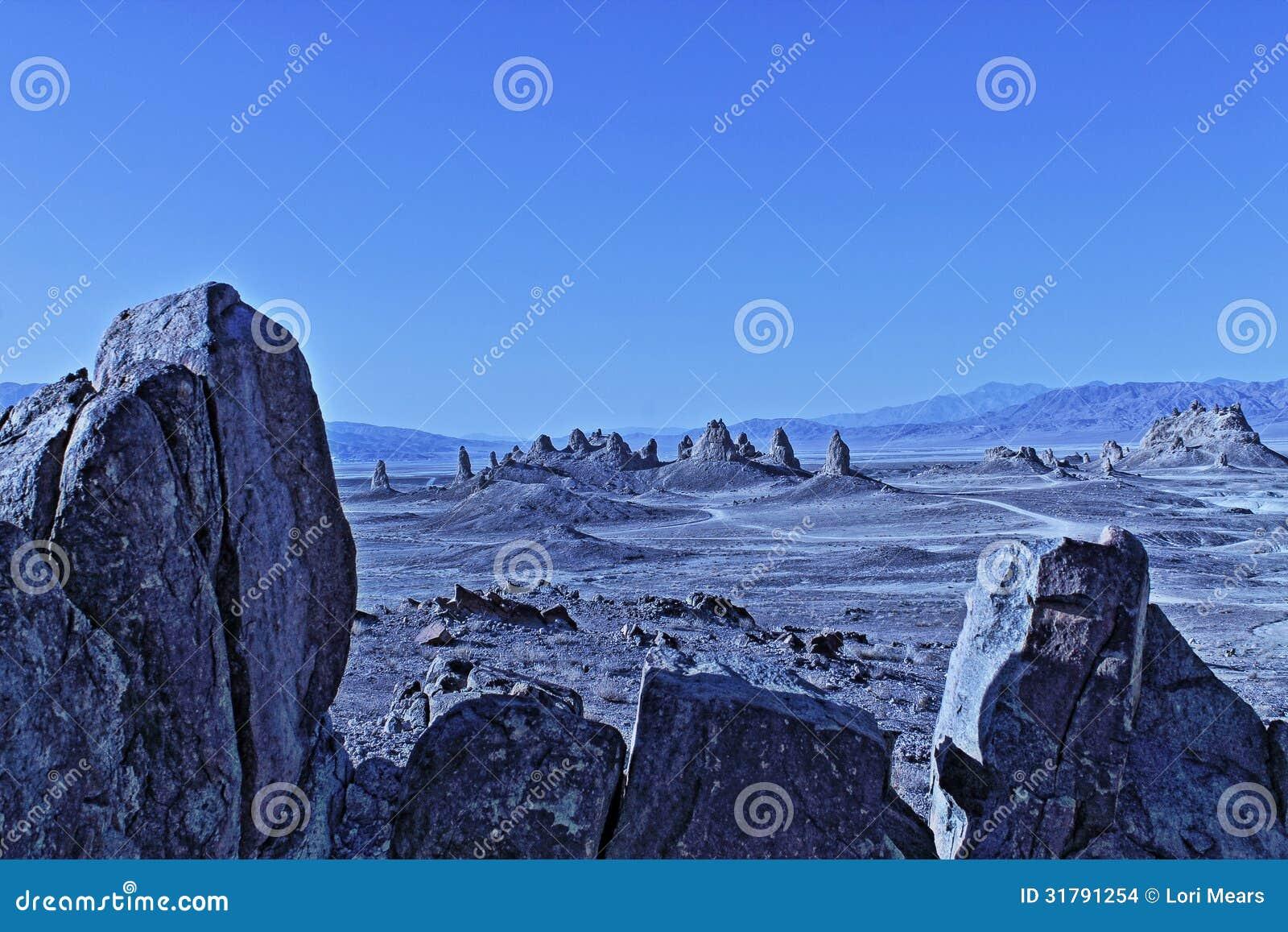 Пустыня Калифорнии положения Sci Fi башенк Trona
