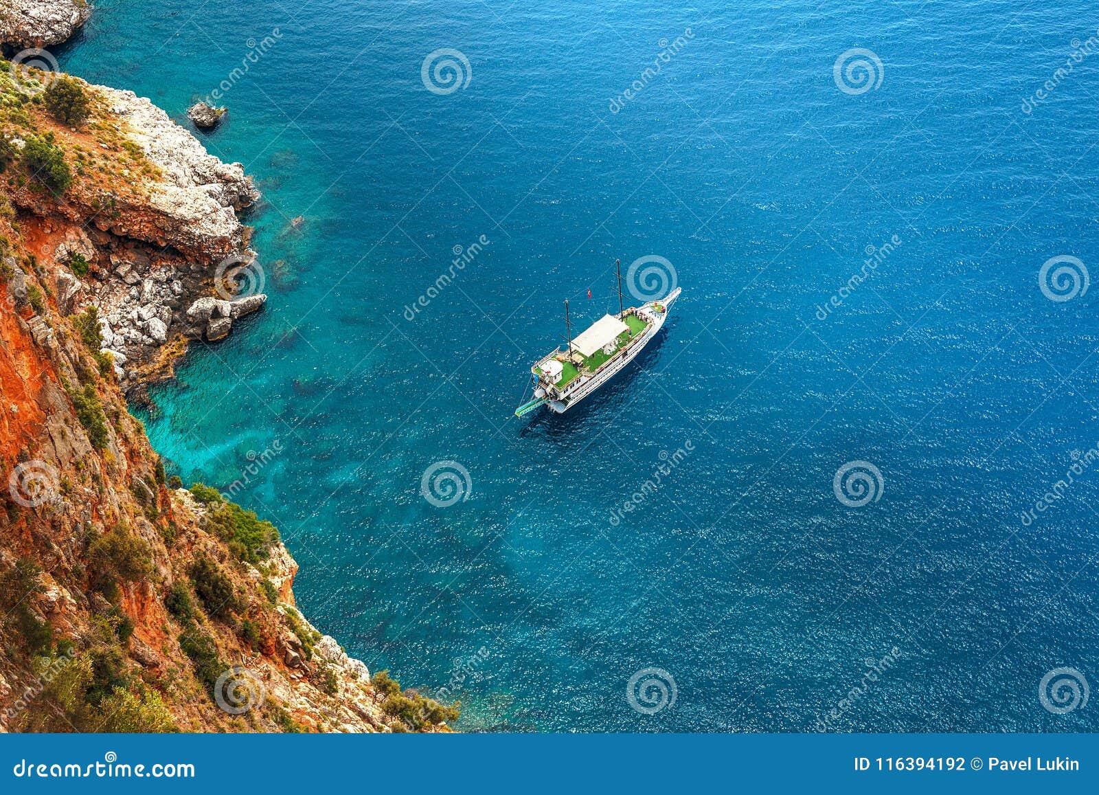 Путь яхты
