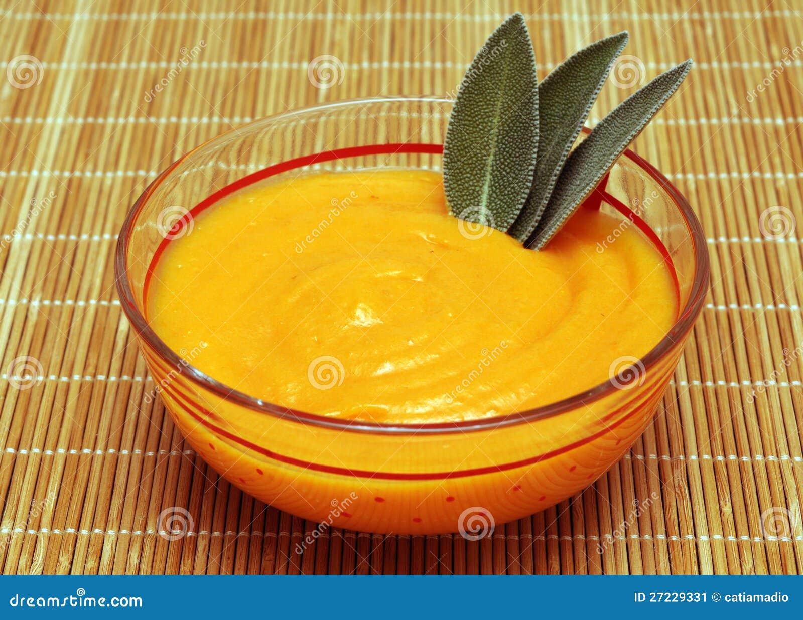 Пюре и шалфей моркови