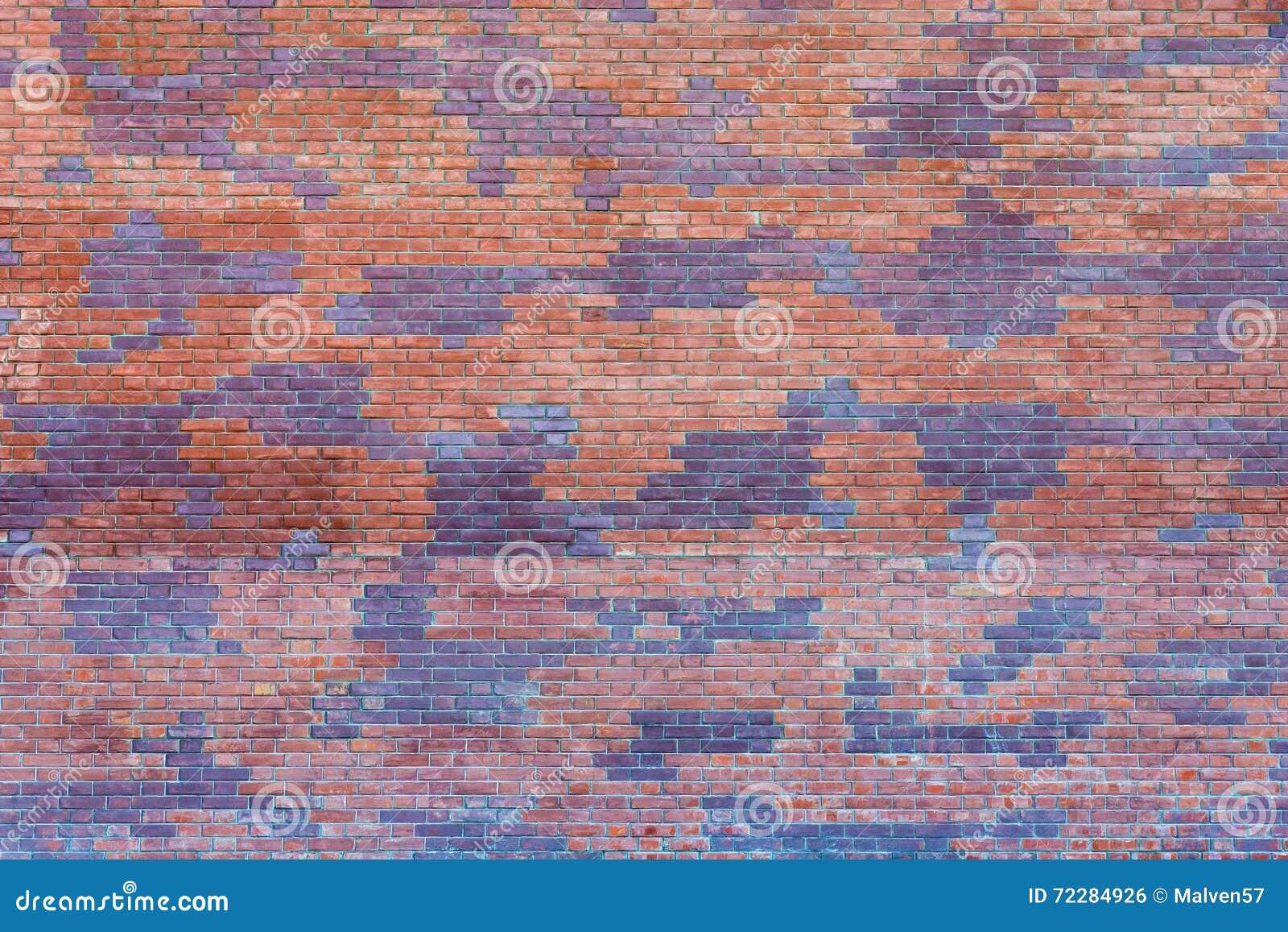 Download Пятнистая кирпичная стена стоковое фото. изображение насчитывающей пятнисто - 72284926
