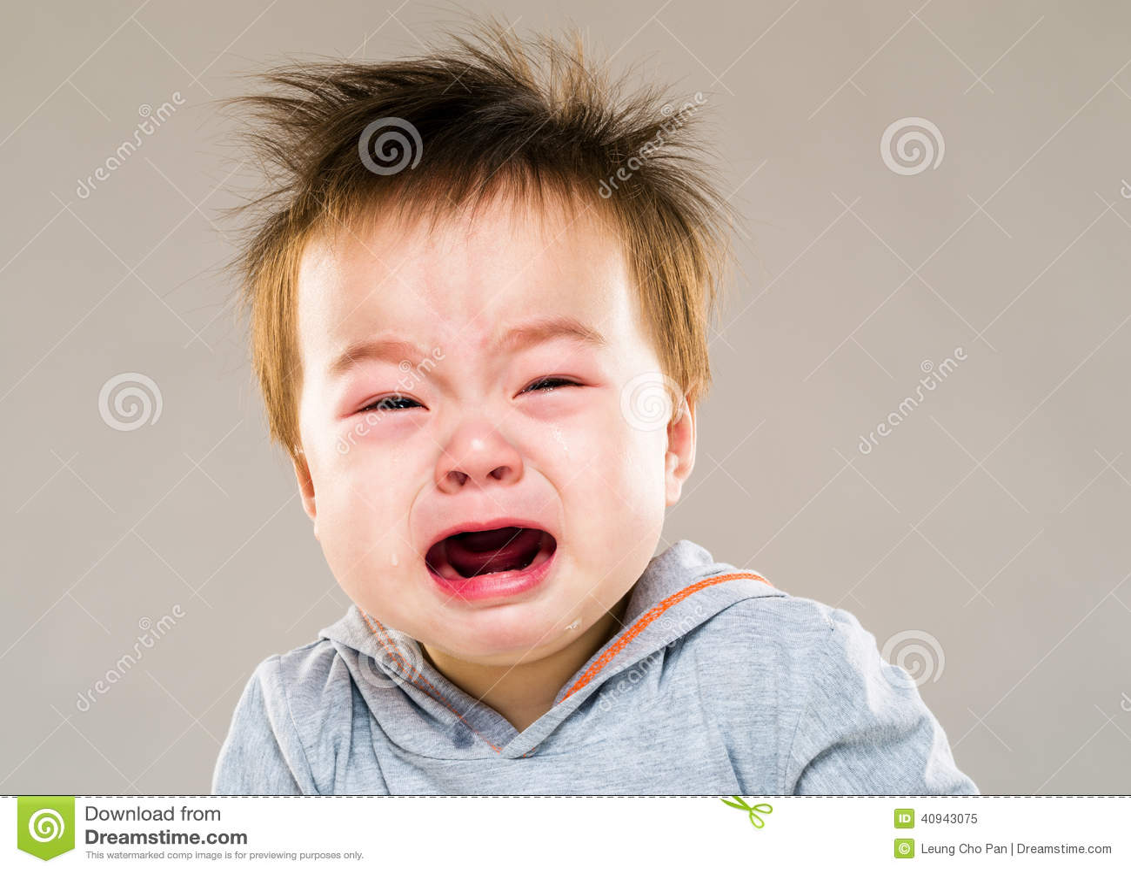 Плакать ребёнка Азии