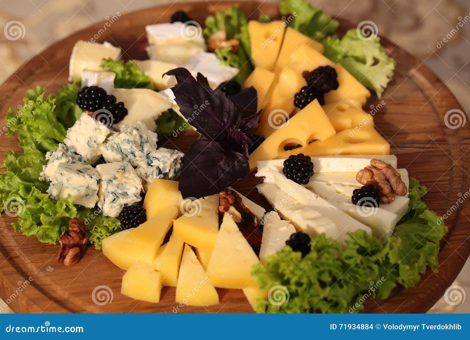 плита сыра вкусная