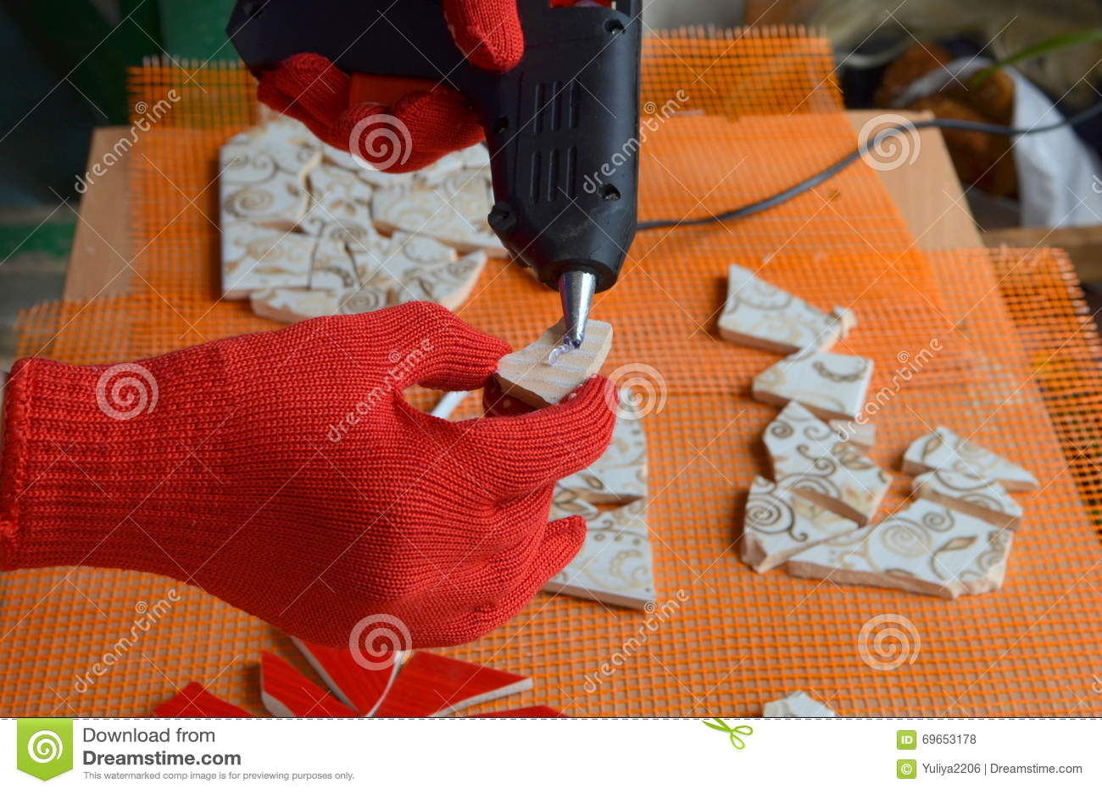 Плитки мозаики с летучей мышью