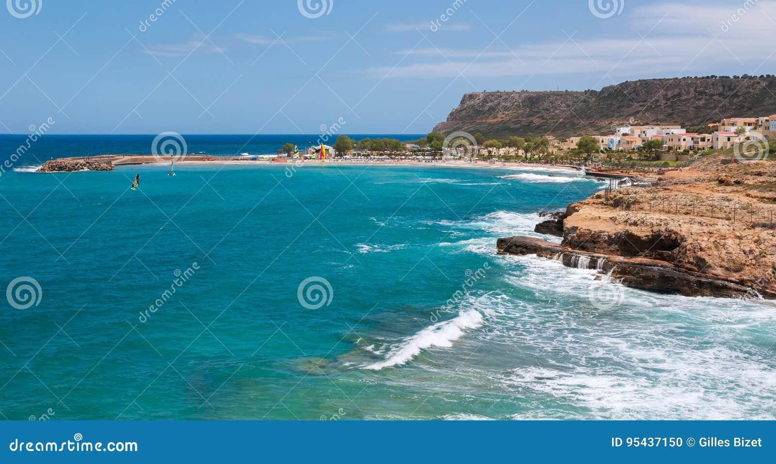 Пляж и море в Крите