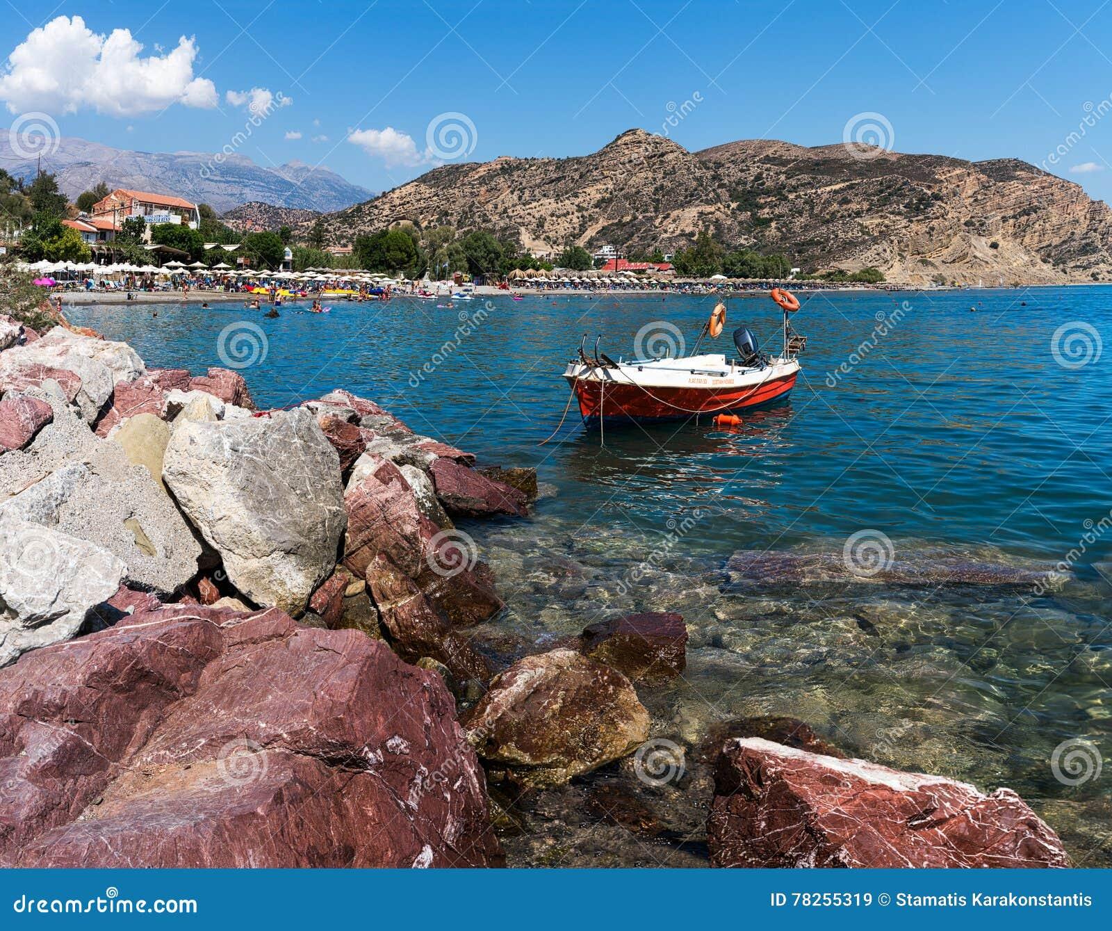 Пляж Agia Galini