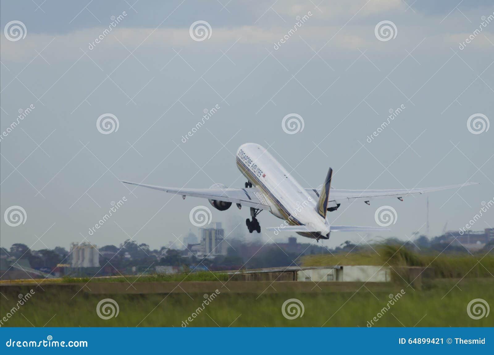 新航飞机起飞 编辑类照片