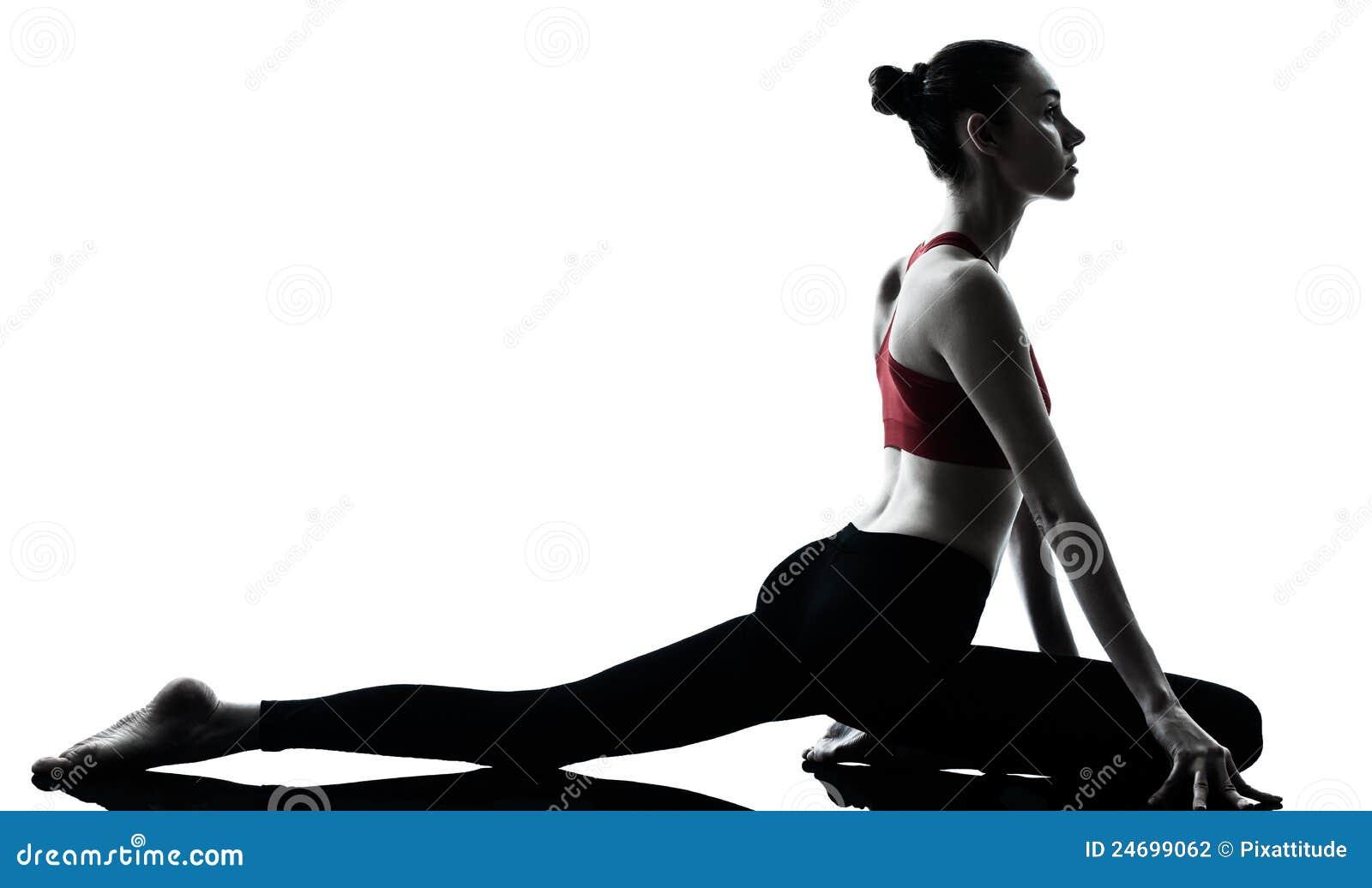 работать йогу женщины