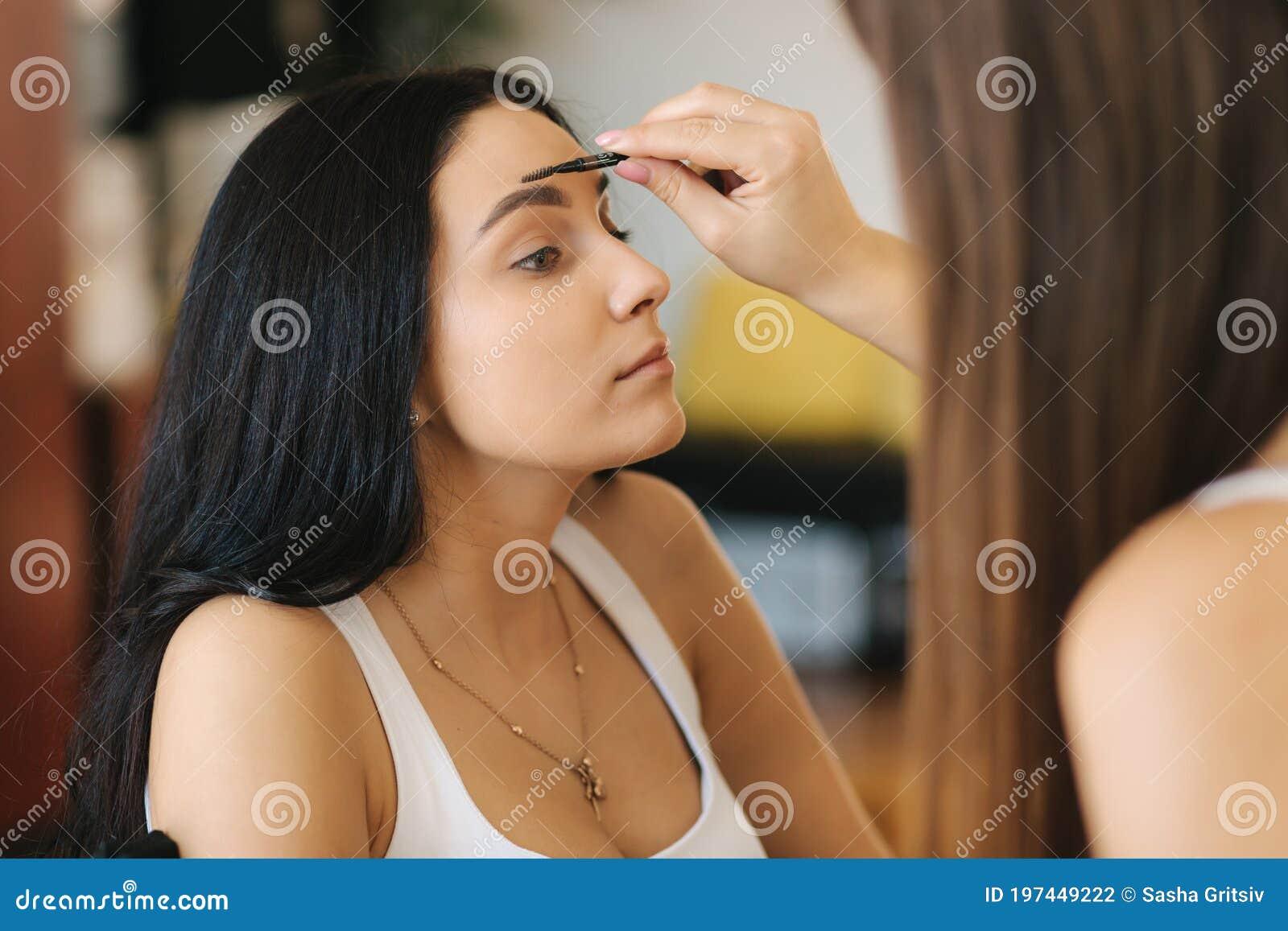 работа моделью макияж