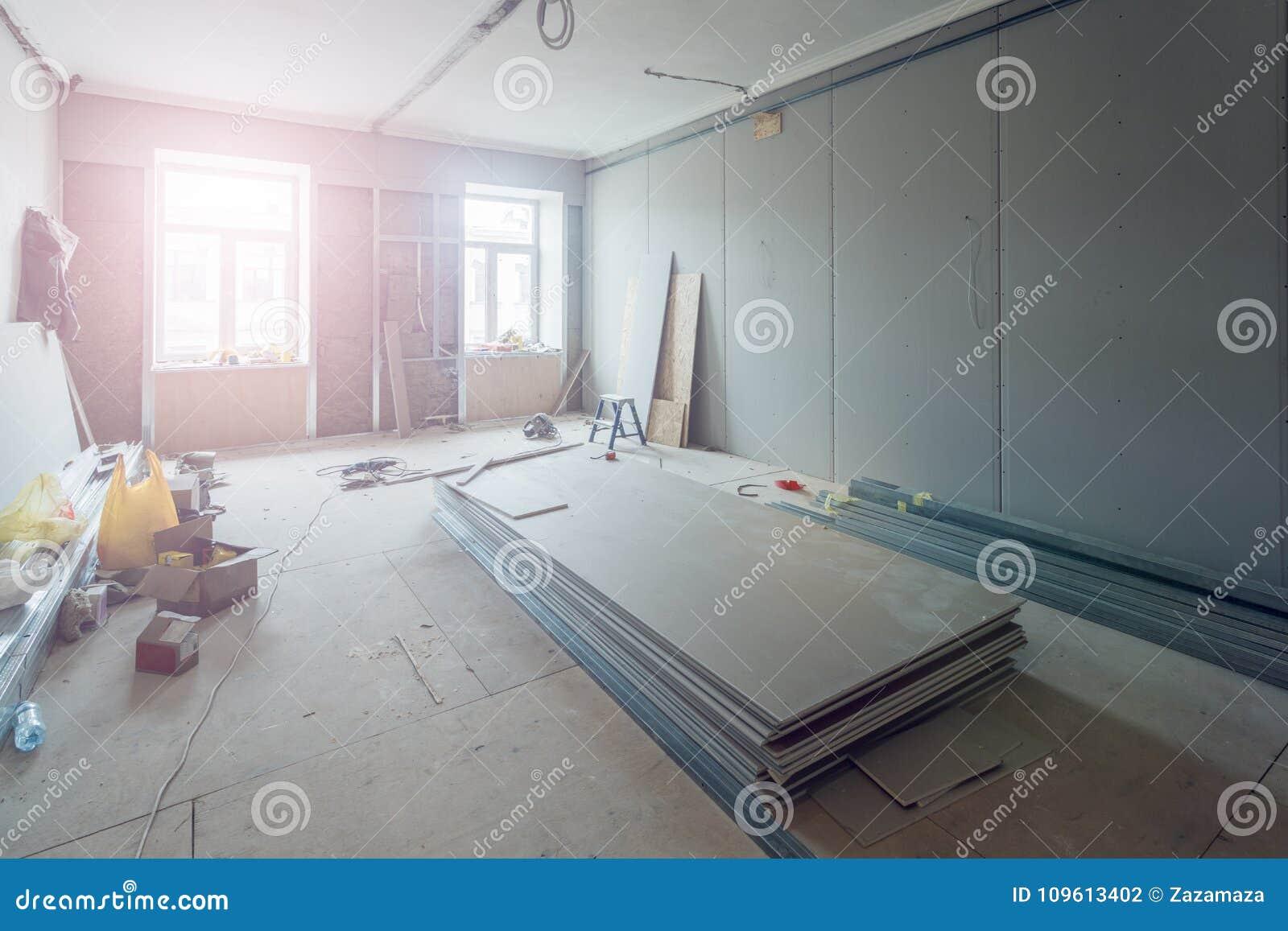 Работа отростчатая устанавливать рамки металла для гипсокартона штукатурной плиты для делать стены гипса в квартиру под конструкц