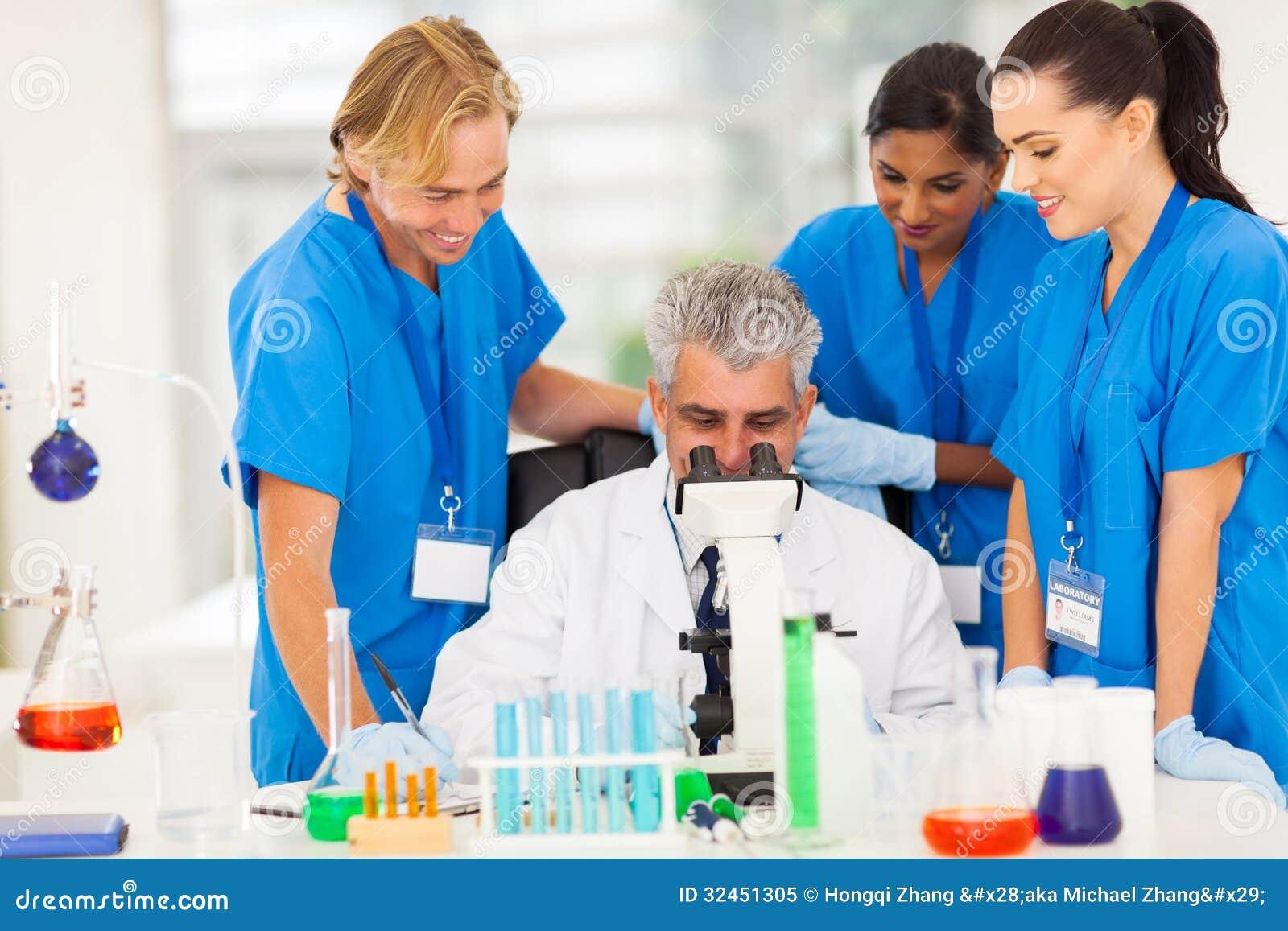 Работа ученых группы