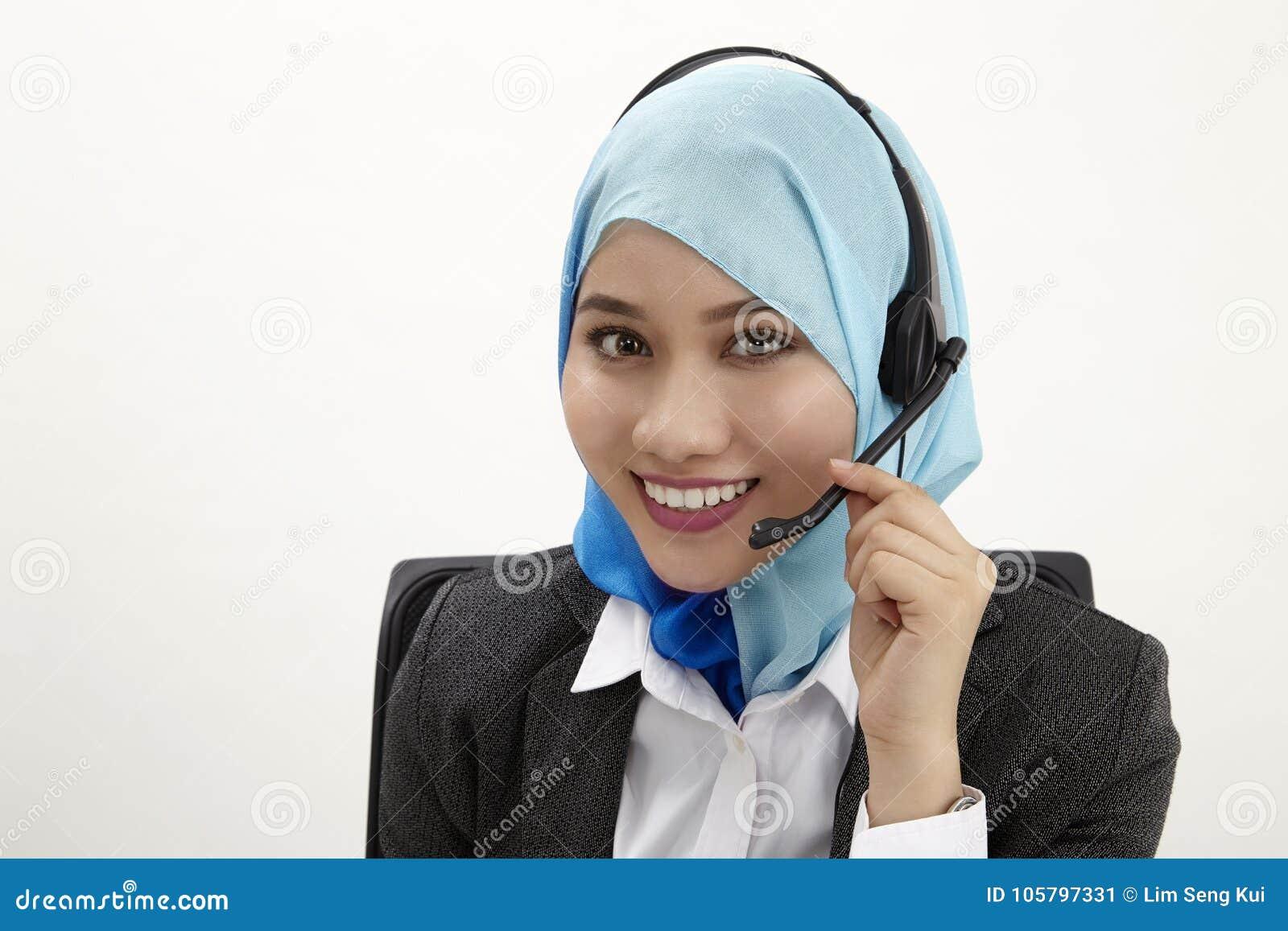 Работник службы рисепшн Malay,