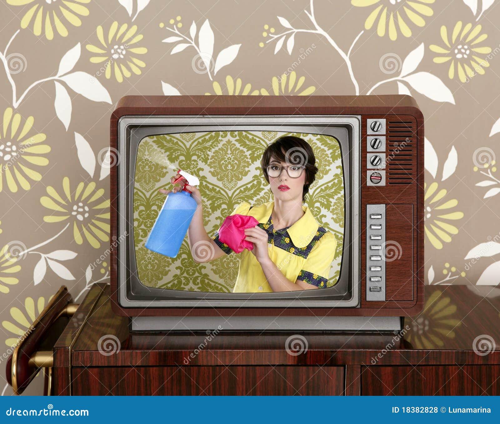 работы по дома объявления очищая tvl болвана домохозяйки ретро