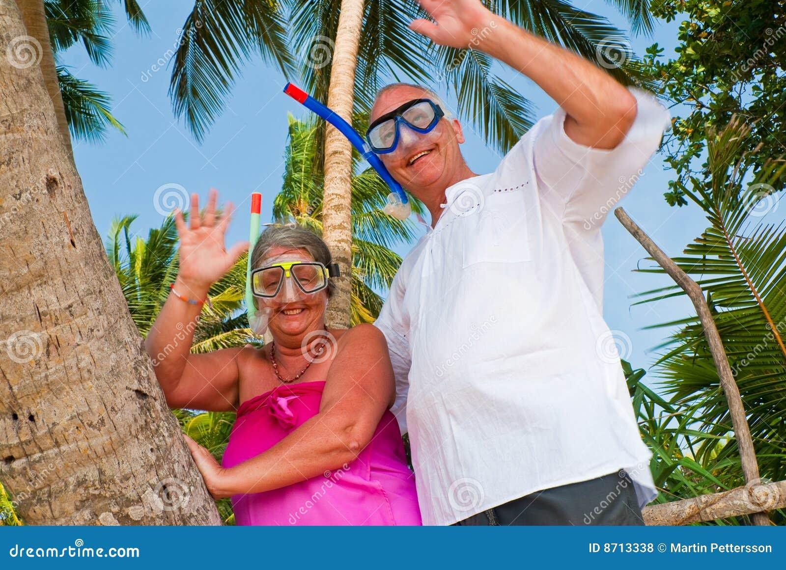 развевать шестерни пар счастливый возмужалый snorkeling
