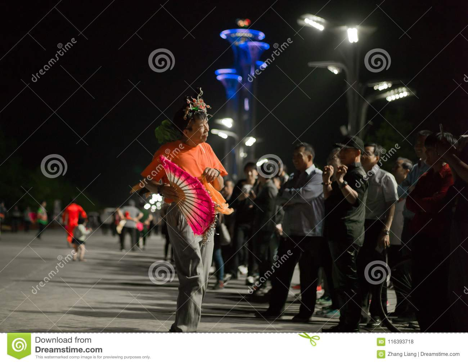 Развлечения Пекина гражданские в деревне Олимпиад