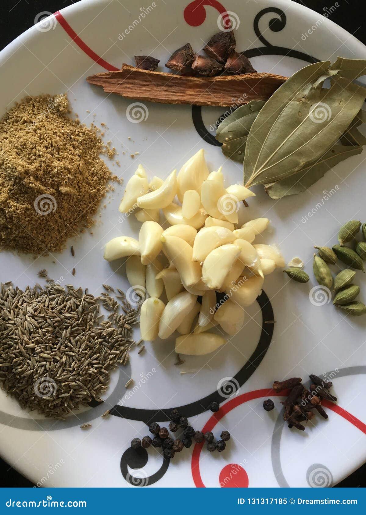 Различные индийские специи мы используем ежедневно