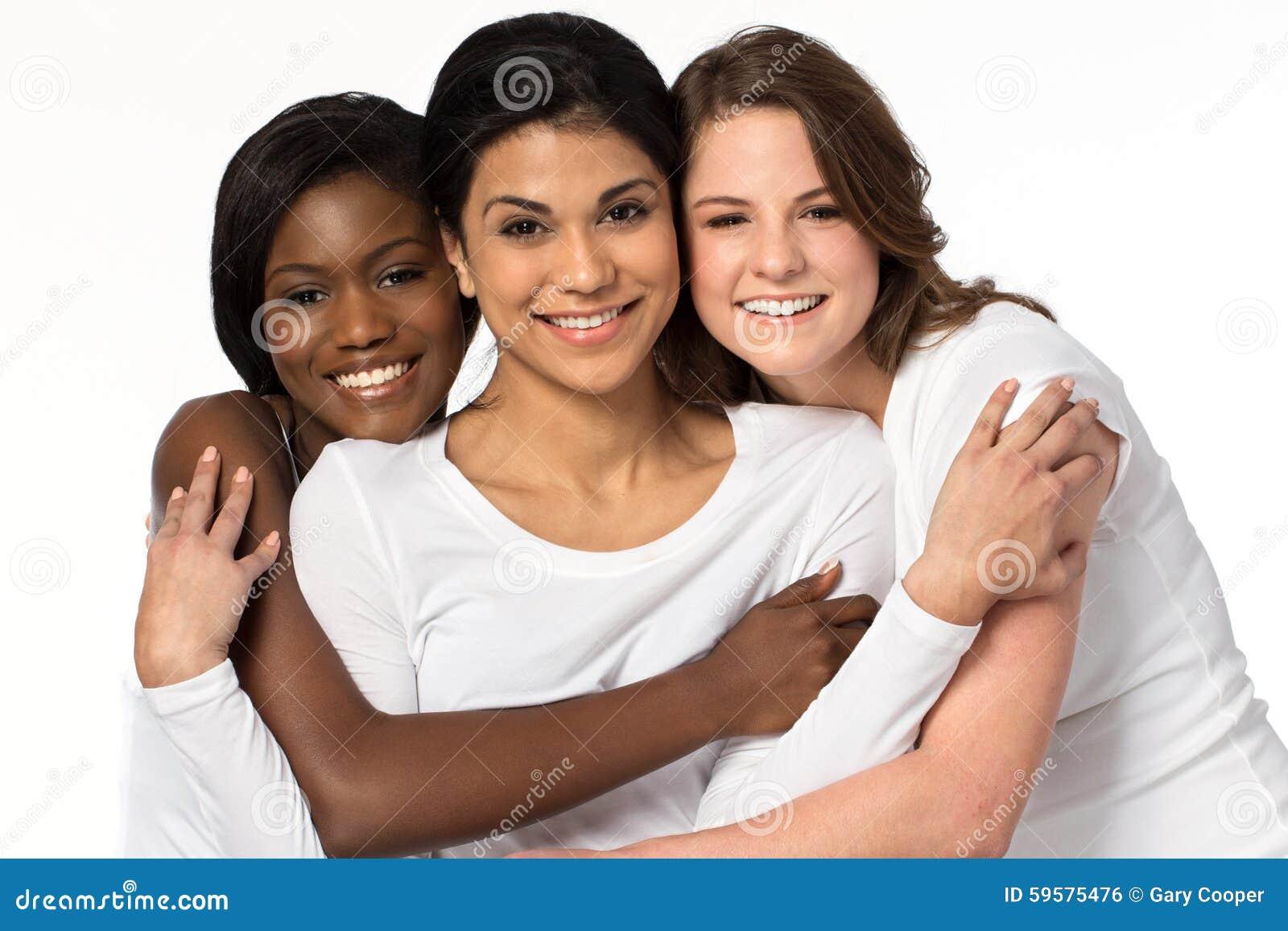 Разнообразная группа в составе усмехаться женщин