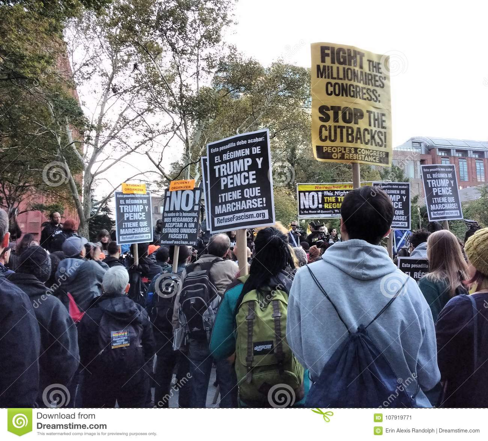 Ралли фашизма выжимк, протест Анти--козыря, парк квадрата Вашингтона, NYC, NY, США