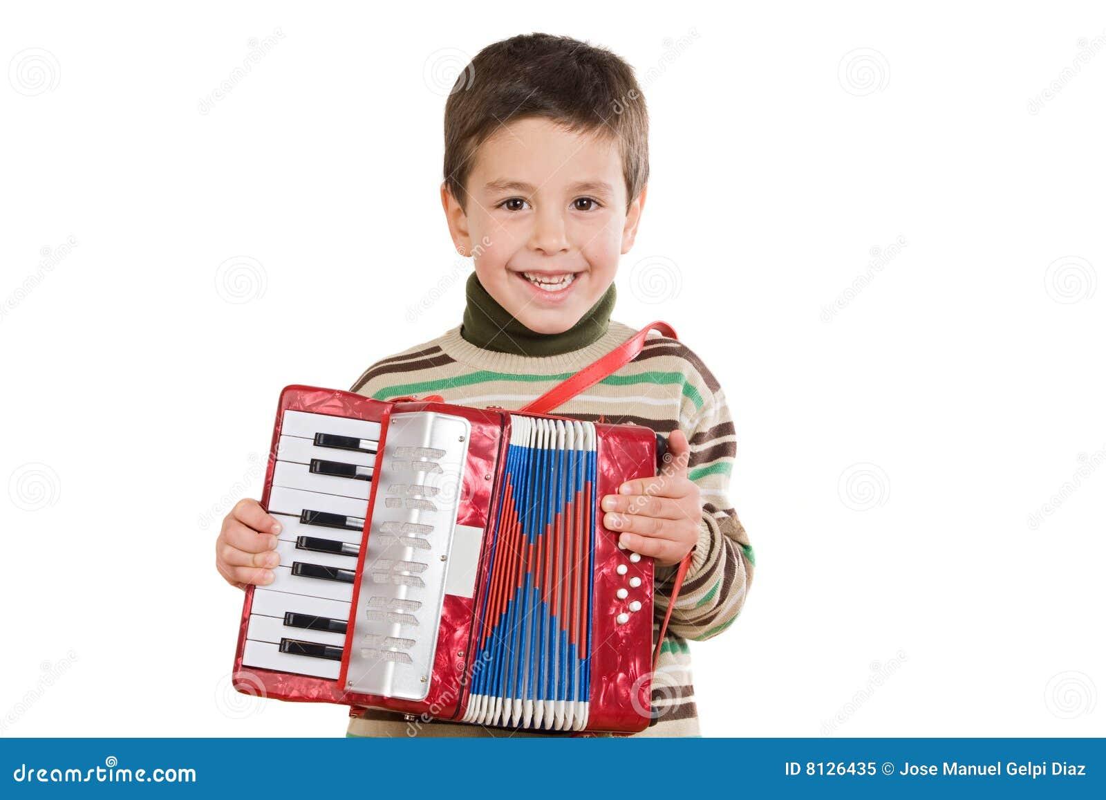 ребенок аккордеони прелестный играя красный цвет