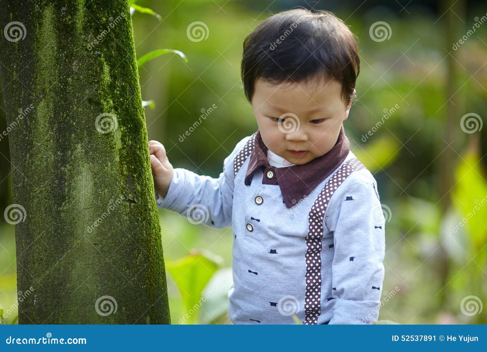 ребёнок красивый