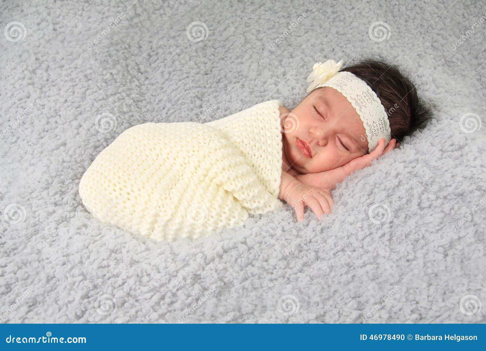 ребёнок newborn