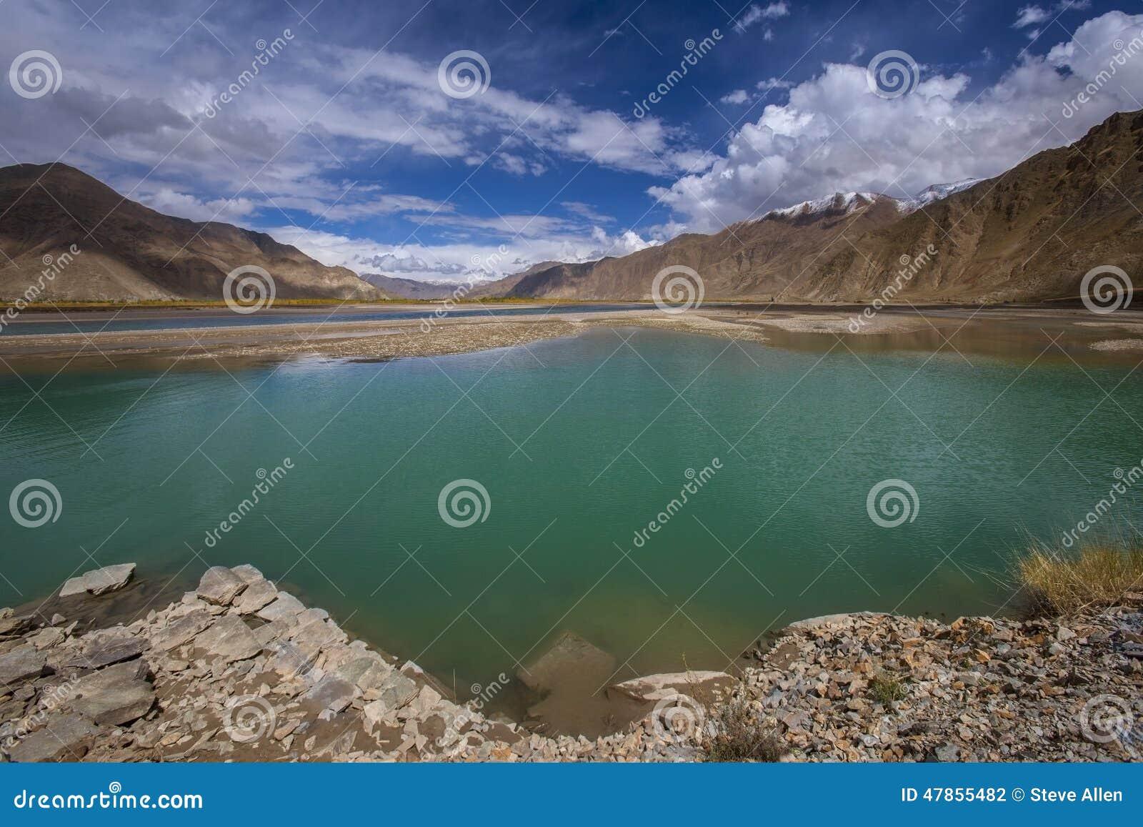 Река Brahmaputra - Тибет - Китай