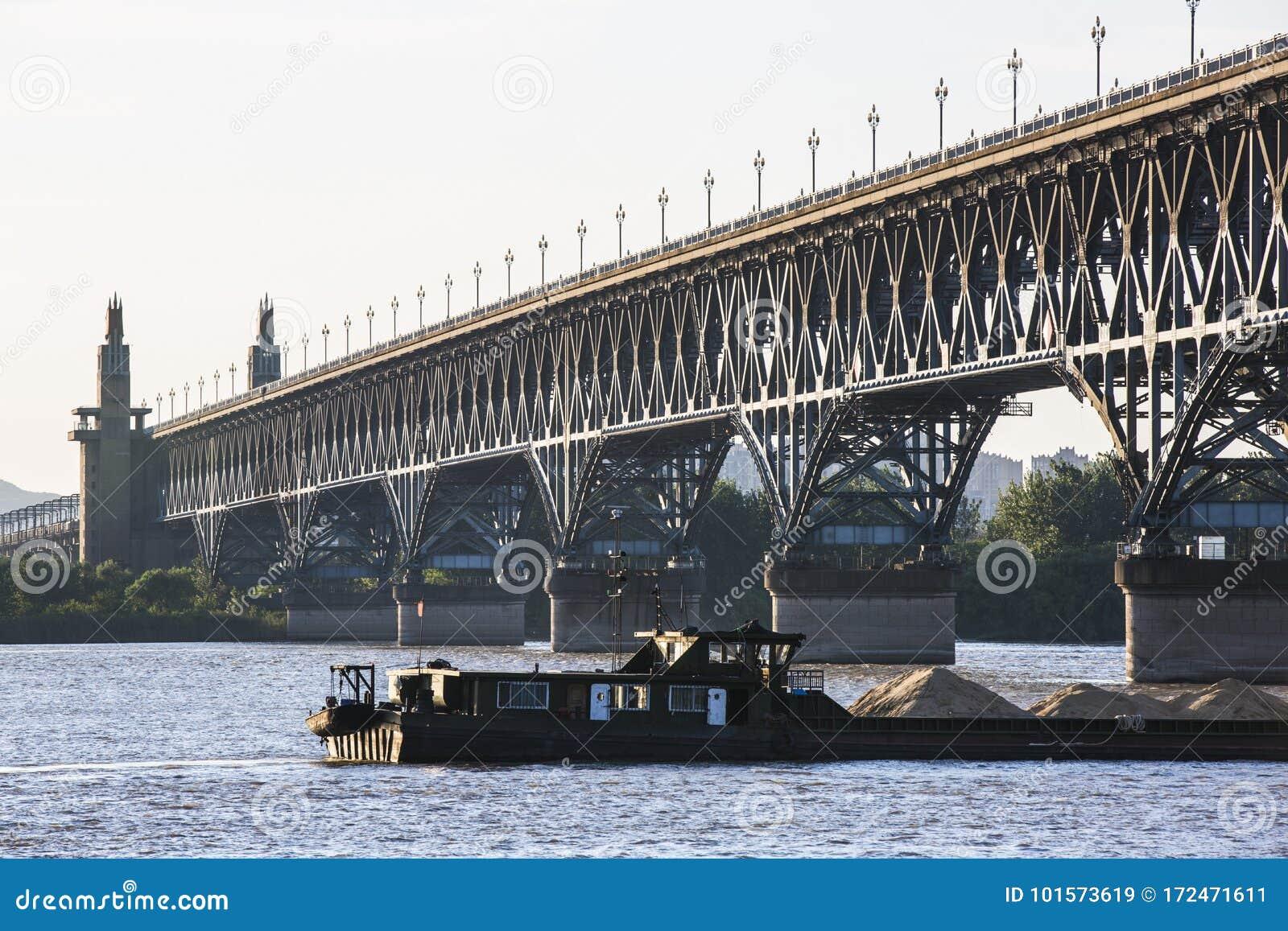 река yangtze nanjing моста