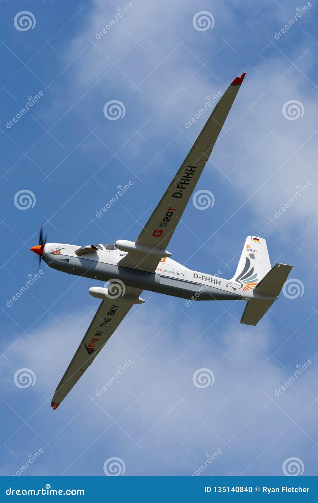 Рекогносцировка большой возвышенности Grob G-520T Egrett и самолеты наблюдения D-FHHH