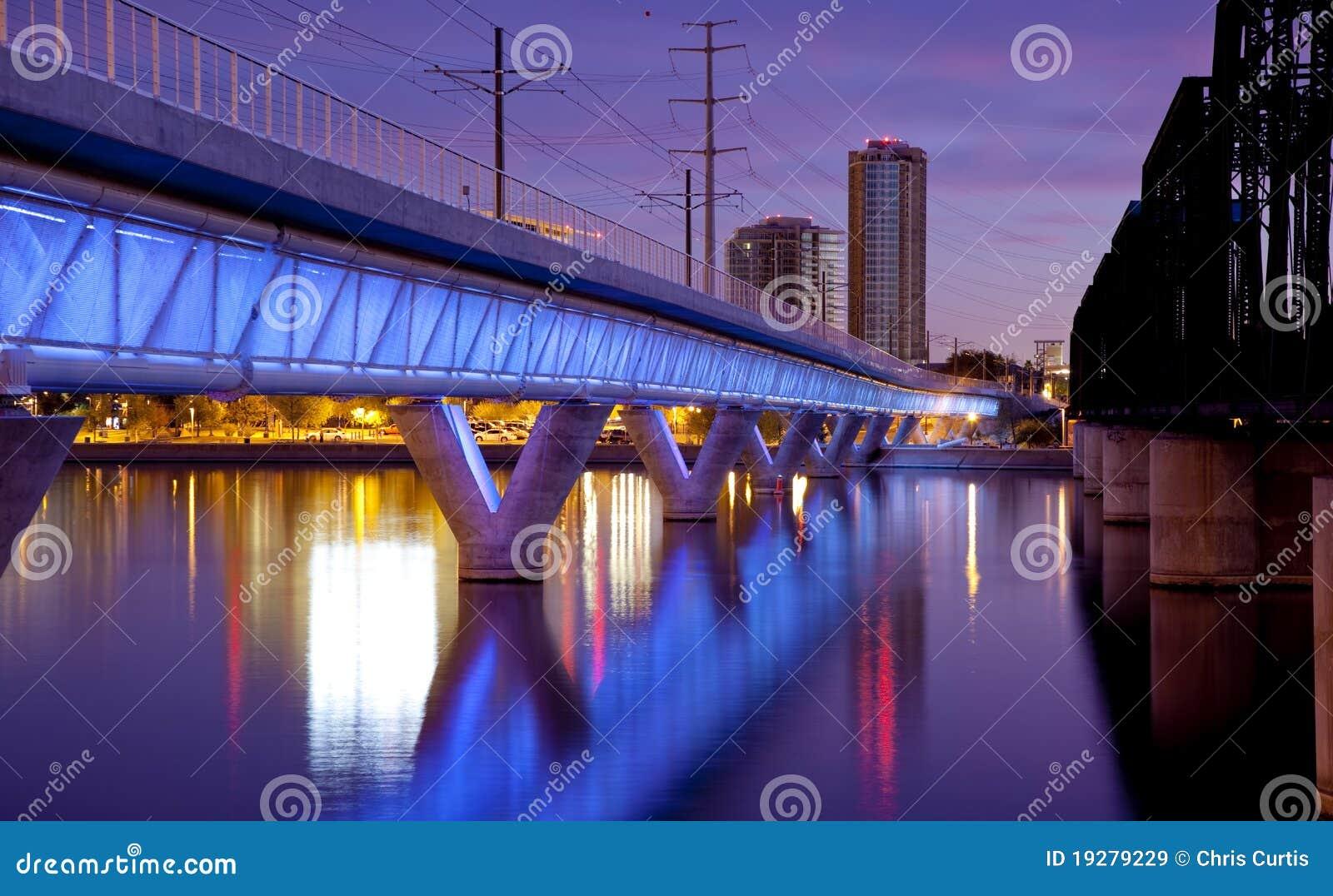 рельс tempe света города моста Аризоны