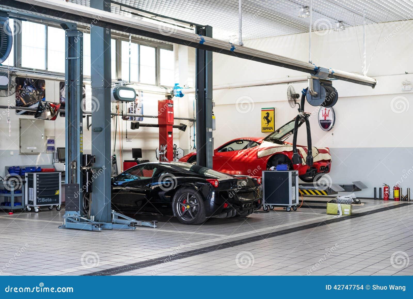 Ремонтные услуги автомобиля Феррари
