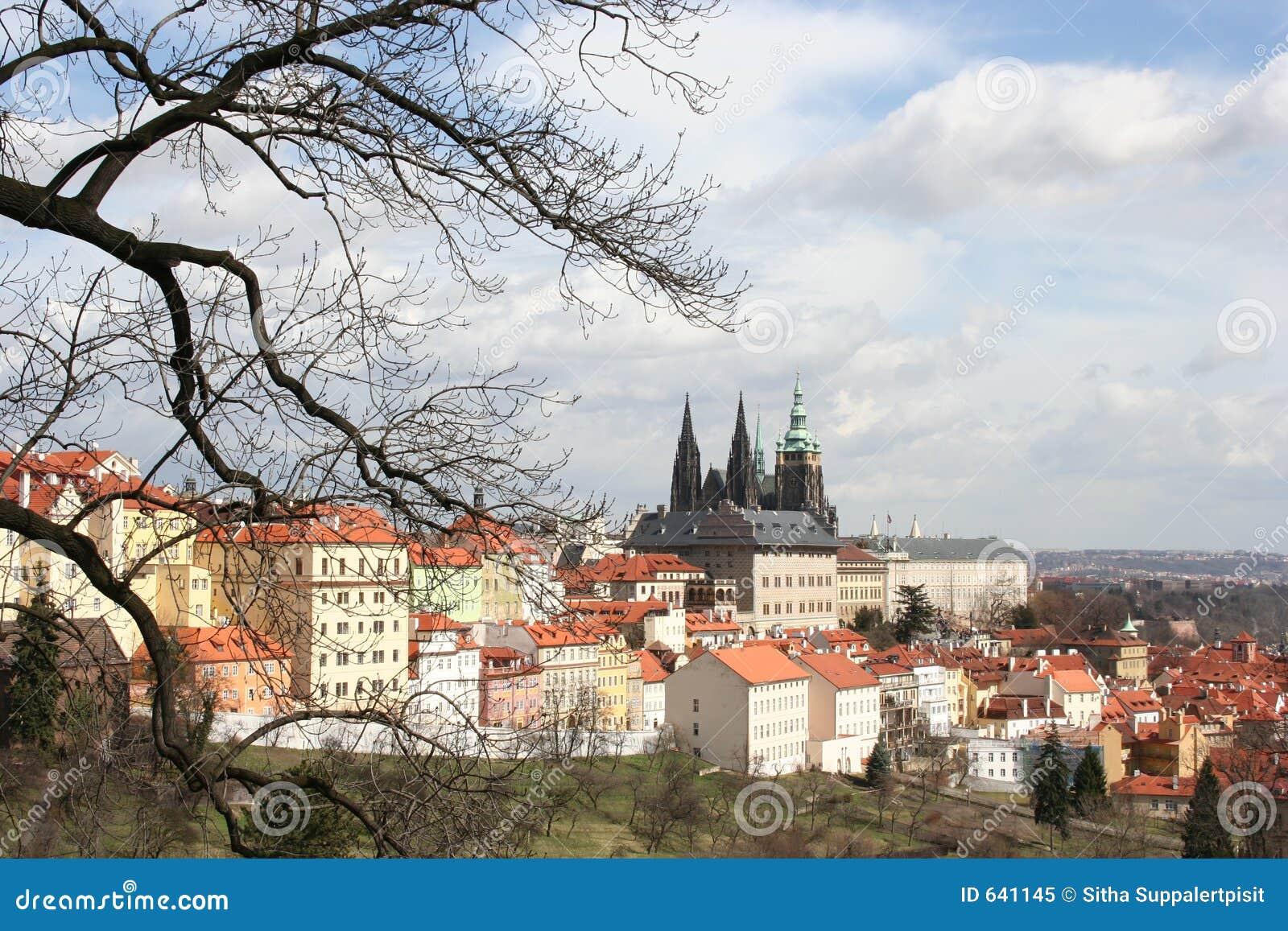 Download республика Prague замока чехословакская Стоковое Изображение - изображение насчитывающей святой, историческо: 641145