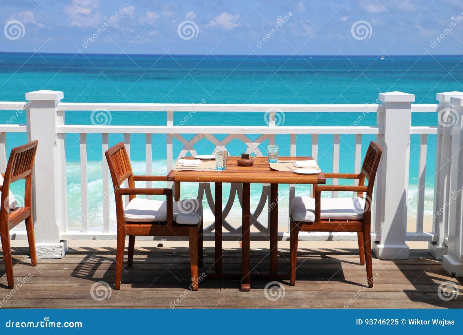Ресторан вида на океан